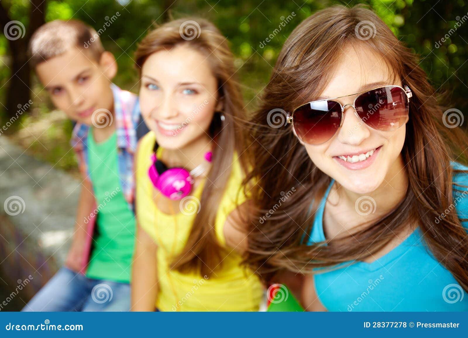 Εύθυμα teens