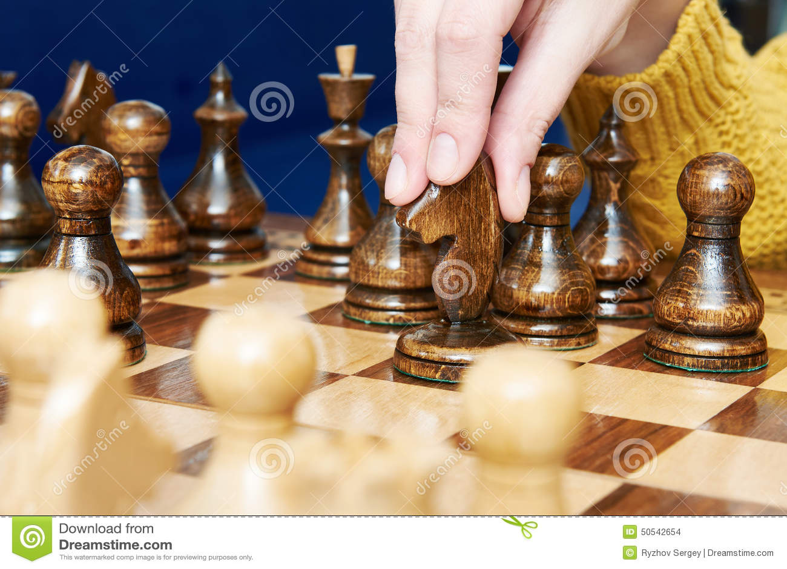 Ελιγμός με το άλογο στο παιχνίδι σκακιού