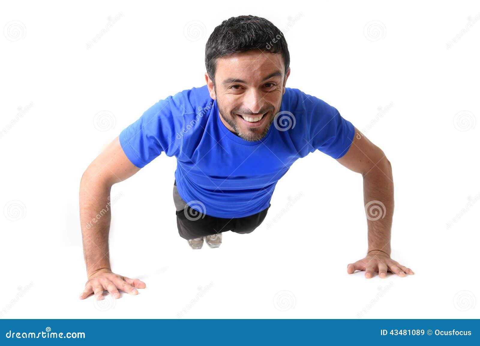 Ελκυστική ώθηση κατάρτισης αθλητών επάνω στην άσκηση που απομονώνεται στο λευκό