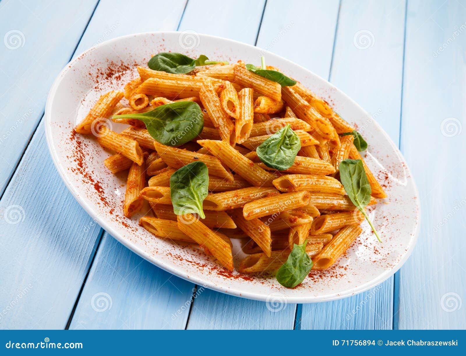 Ζυμαρικά με τα λαχανικά