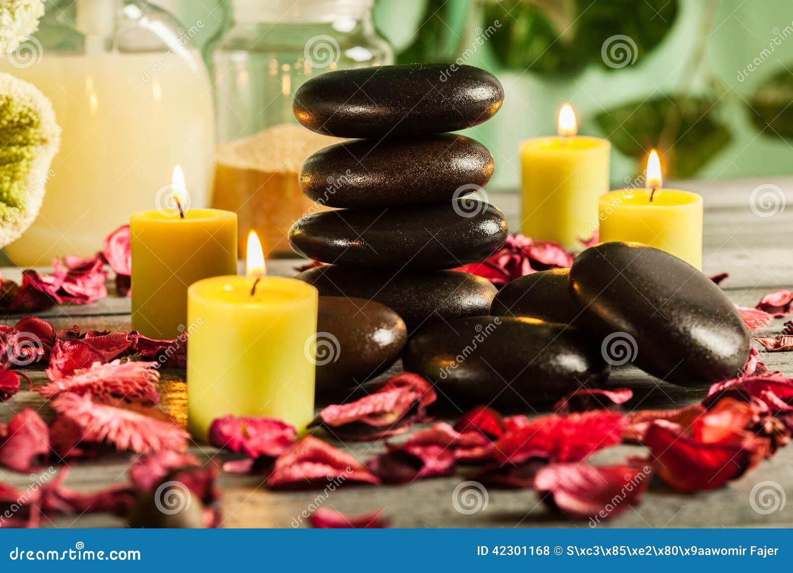 Ζωή SPA ακόμα με τις καυτά πέτρες και τα κεριά