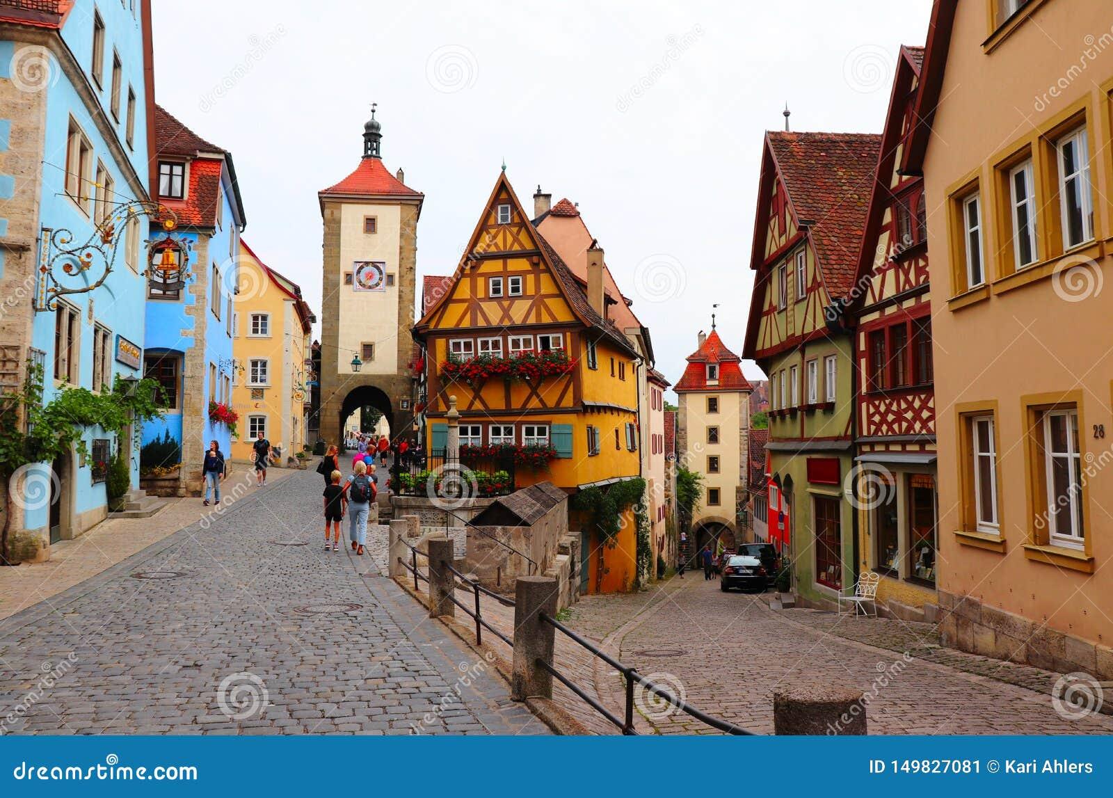 Ζωηρόχρωμα κτήρια σε Rothenburg ob der Tauber, Γερμανία