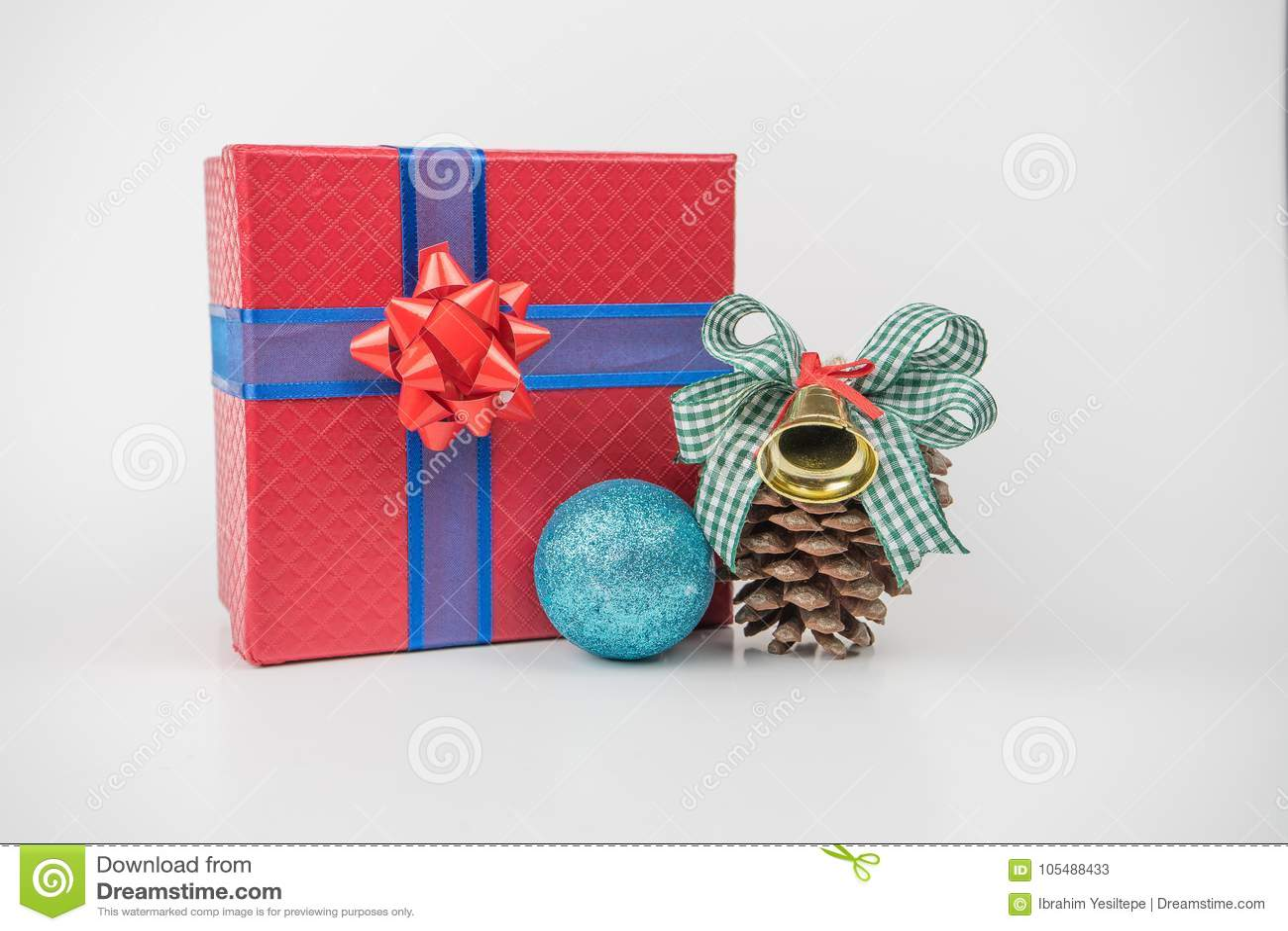 Ζωηρόχρωμες συσκευασίες δώρων, νέο έτος, ημέρα βαλεντίνων ` s