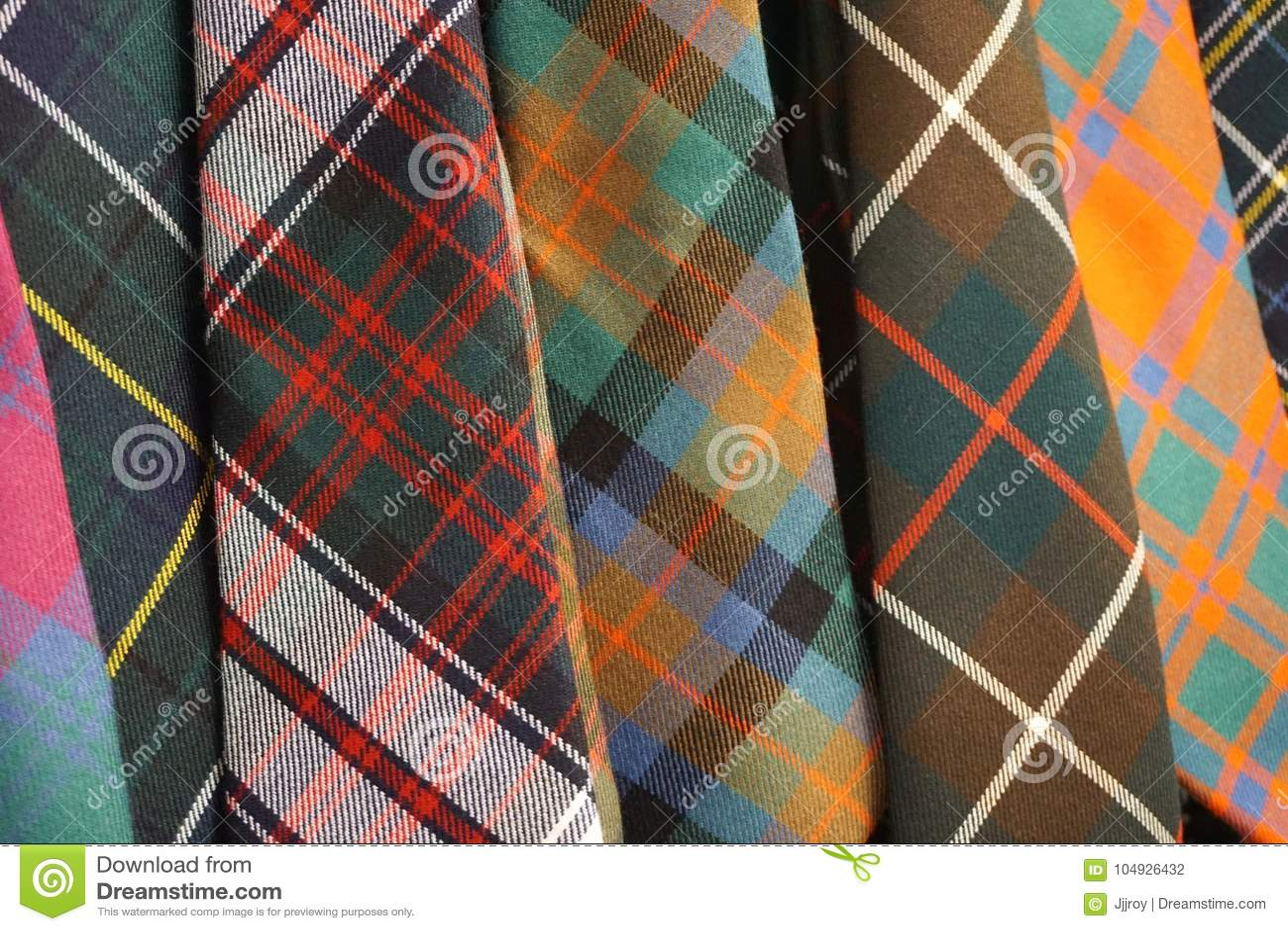 Ζωηρόχρωμες υφαμένες γραβάτες καρό ταρτάν μαλλιού