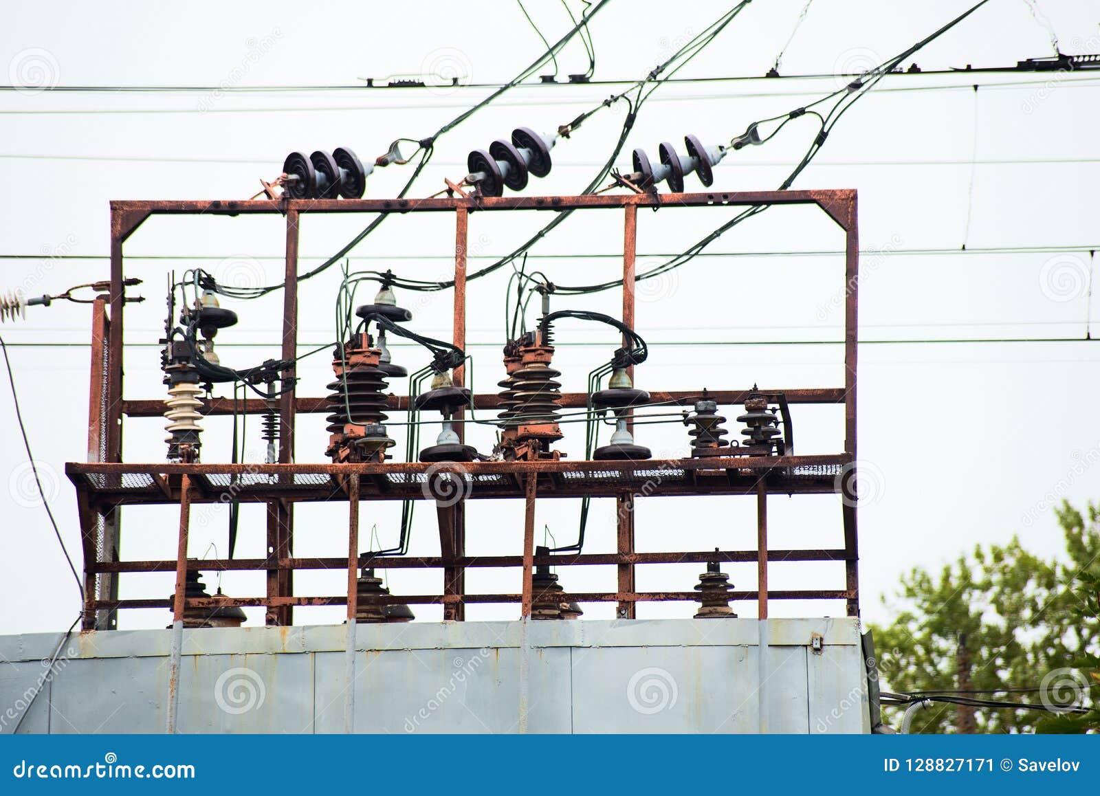 Ηλεκτρικός μετασχηματιστής στη διαδρομή σιδηροδρόμων