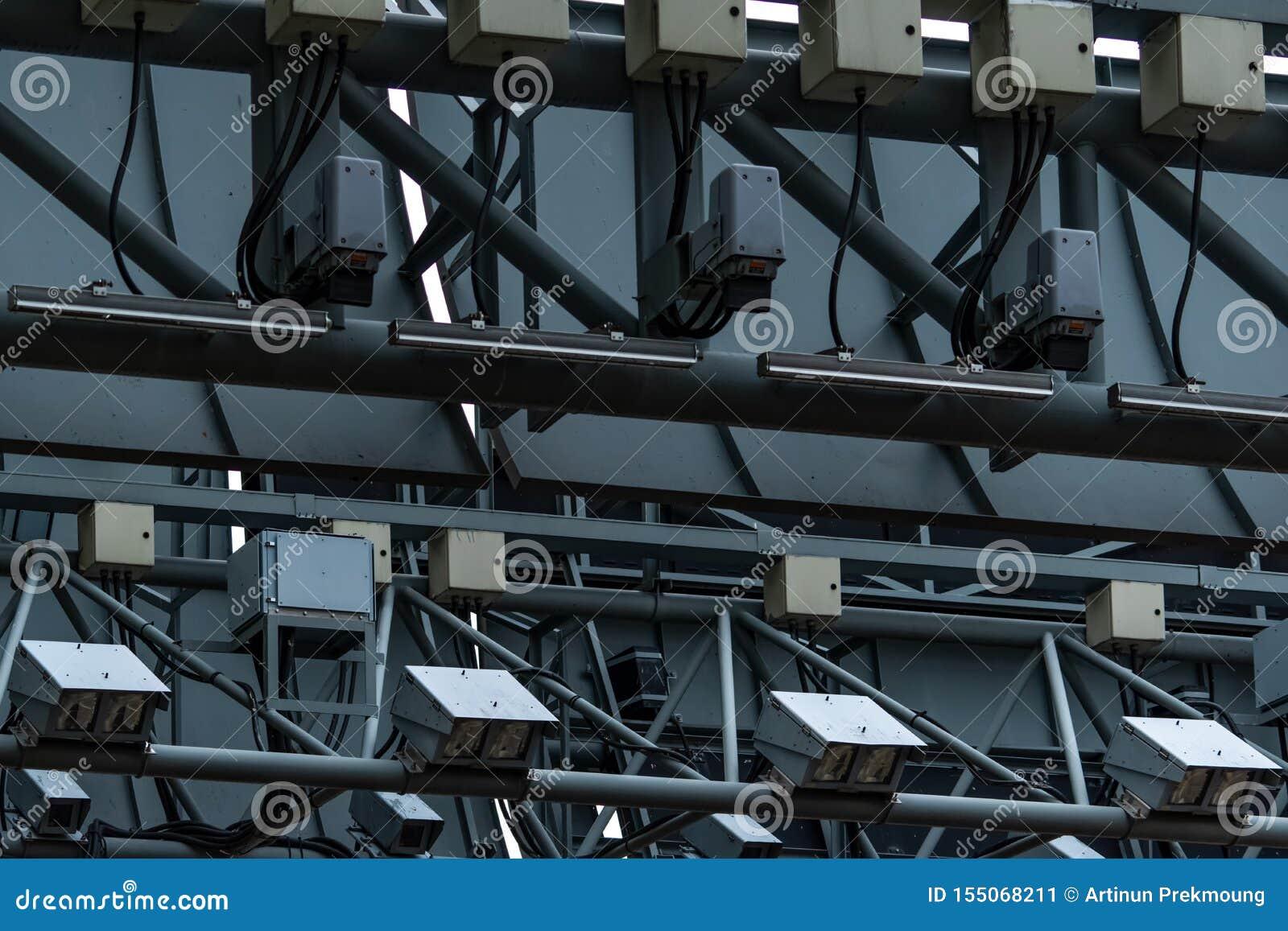 Ηλεκτρονικός δρόμος που διατιμά το cErp ή την ηλεκτρονική συλλογή φόρου στη Σιγκαπούρη για να διαχειριστεί την κυκλοφορία μέσω τη