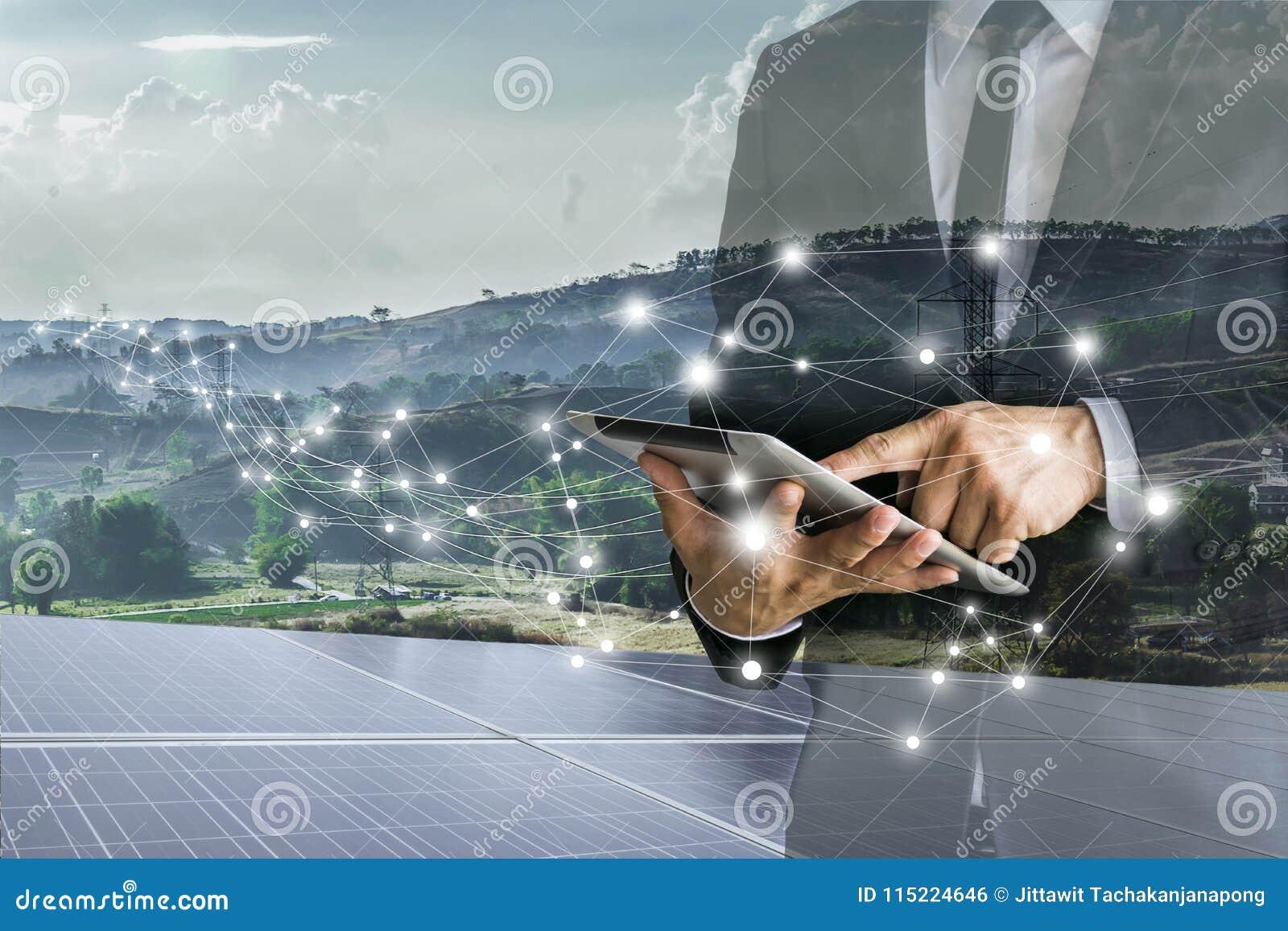 Ηλιακά κύτταρα Οι επιχειρηματίες υπολογίζουν την επένδυση