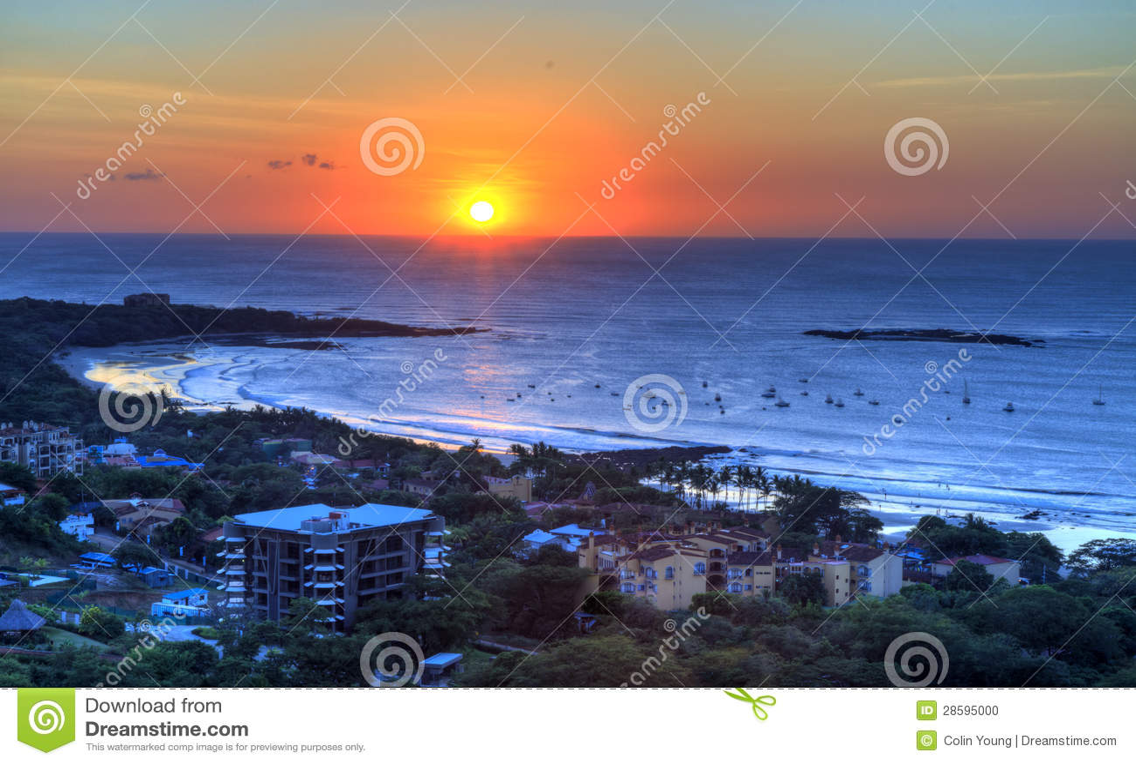 Ηλιοβασίλεμα πέρα από Tamarindo