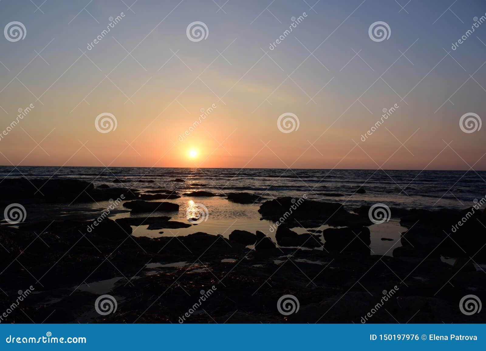 Ηλιοβασίλεμα σε Cypris