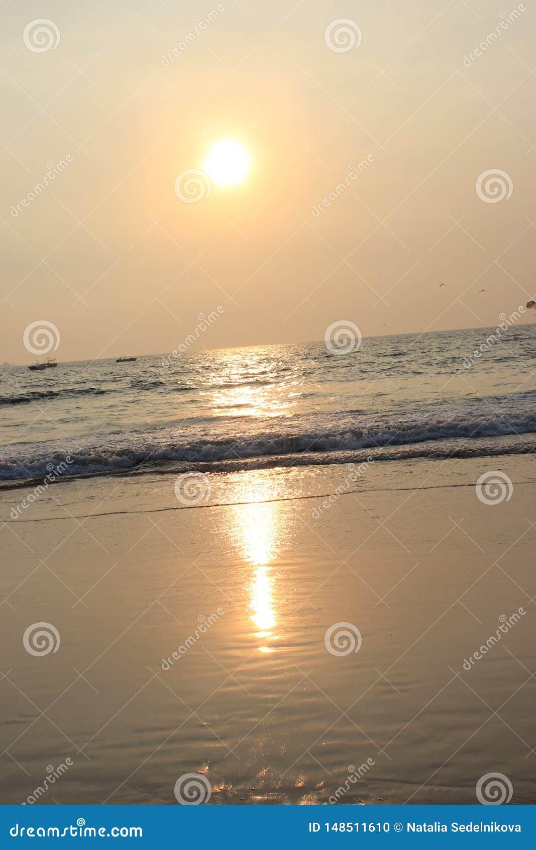 Ηλιοβασίλεμα σε Goa, Ινδικός Ωκεανός
