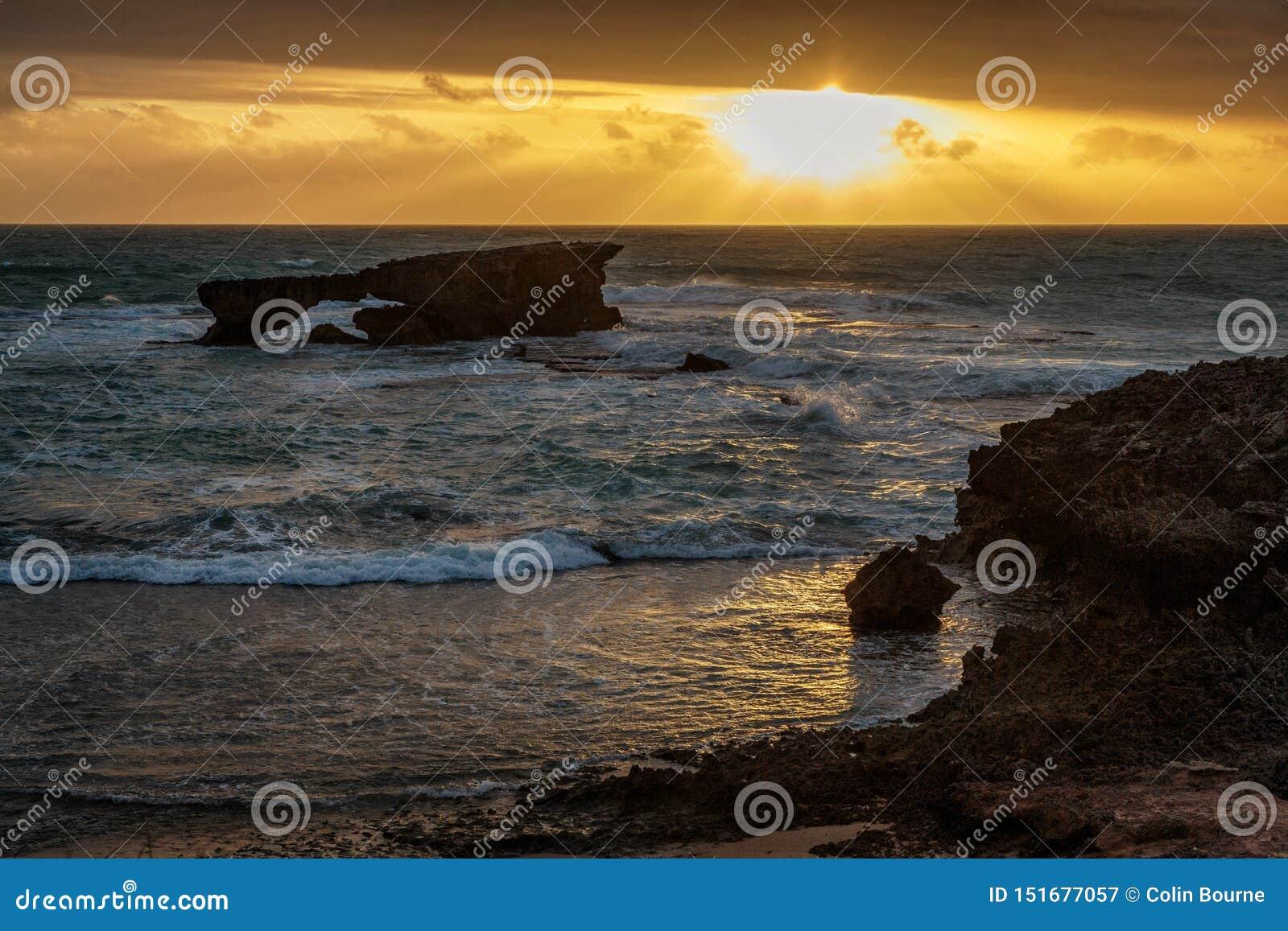 Ηλιοβασίλεμα στο ακρωτήριο στην τήβεννο, Νότια Αυστραλία