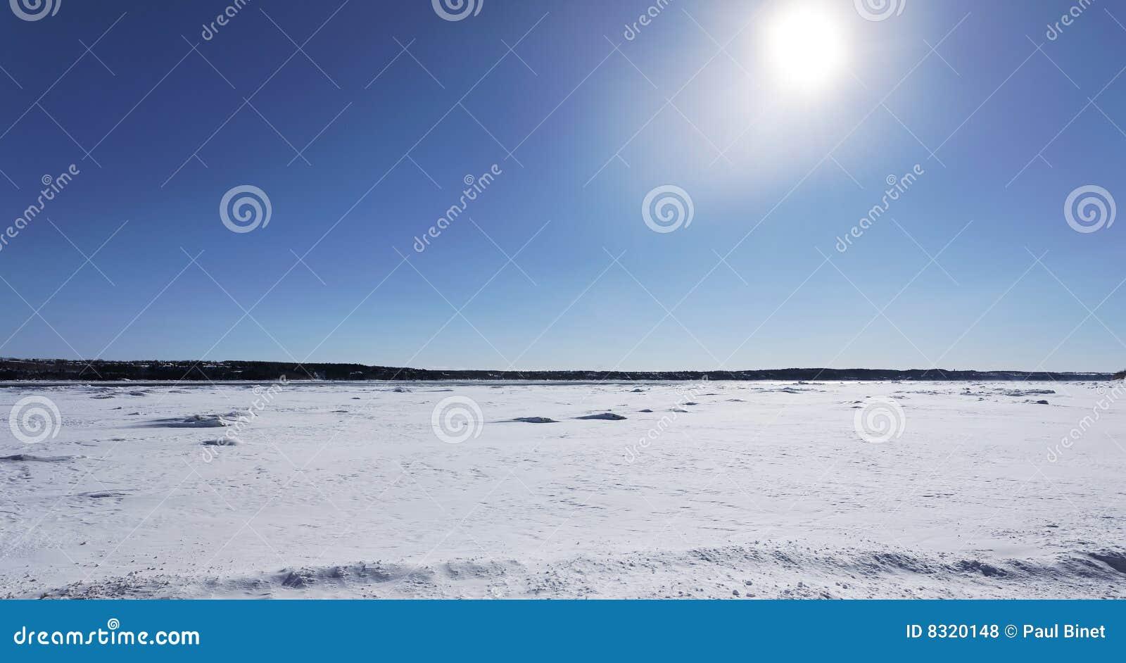 ηλιόλουστος χειμώνας ημ