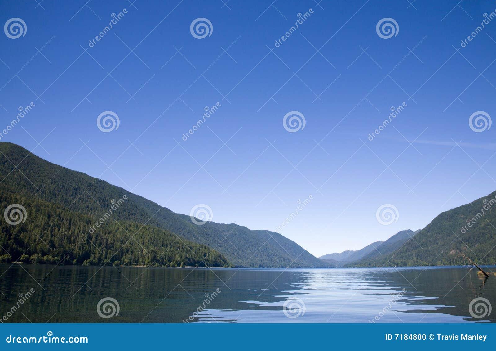 ημισεληνοειδής λίμνη