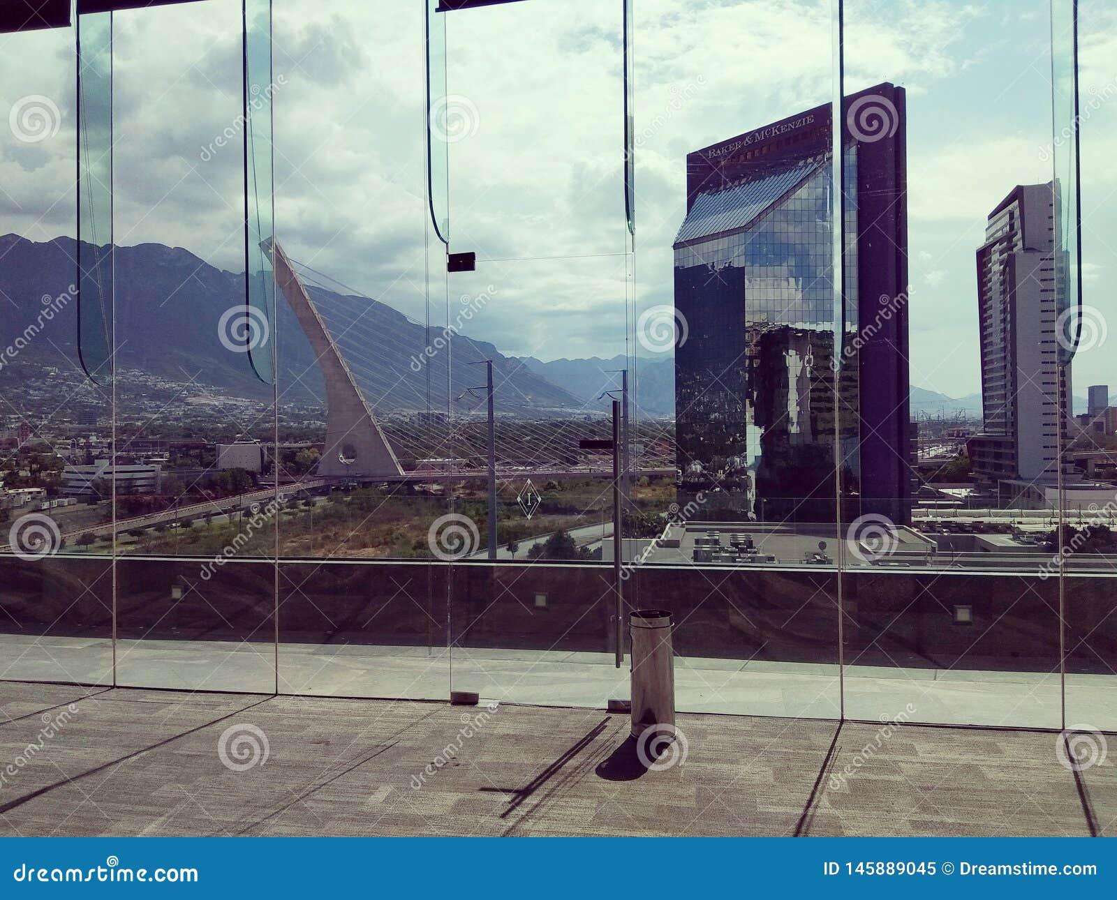 Η άποψη της πόλης