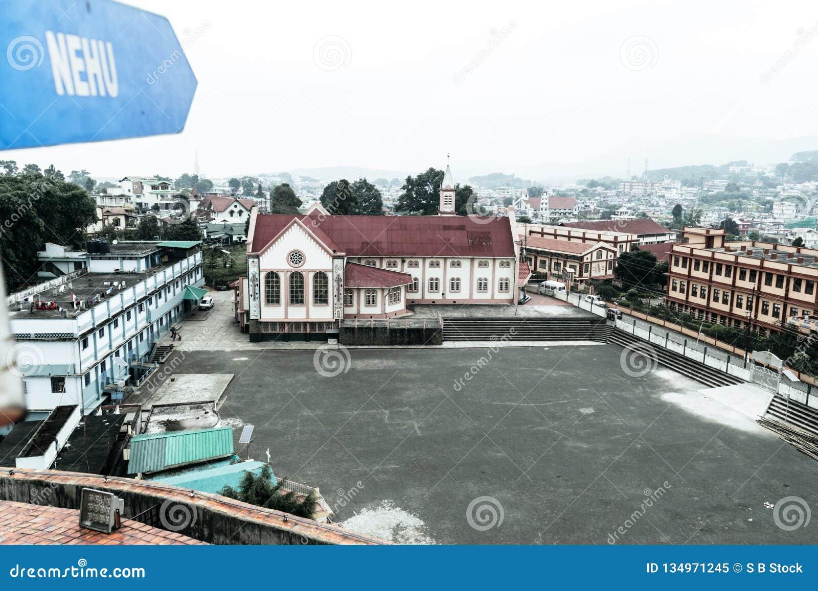 Η άποψη του σταδίου Shillong Jawaharlal Nehru, είναι ένα γήπεδο ποδοσφαίρου σε Shillong, Meghalaya, Ινδία κυρίως για το ποδόσφαιρ