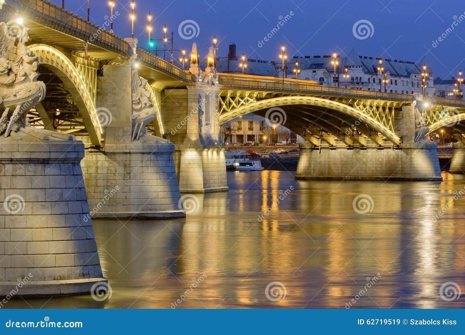 Η αναδημιουργημένη γέφυρα της Margaret, Βουδαπέστη, Ουγγαρία