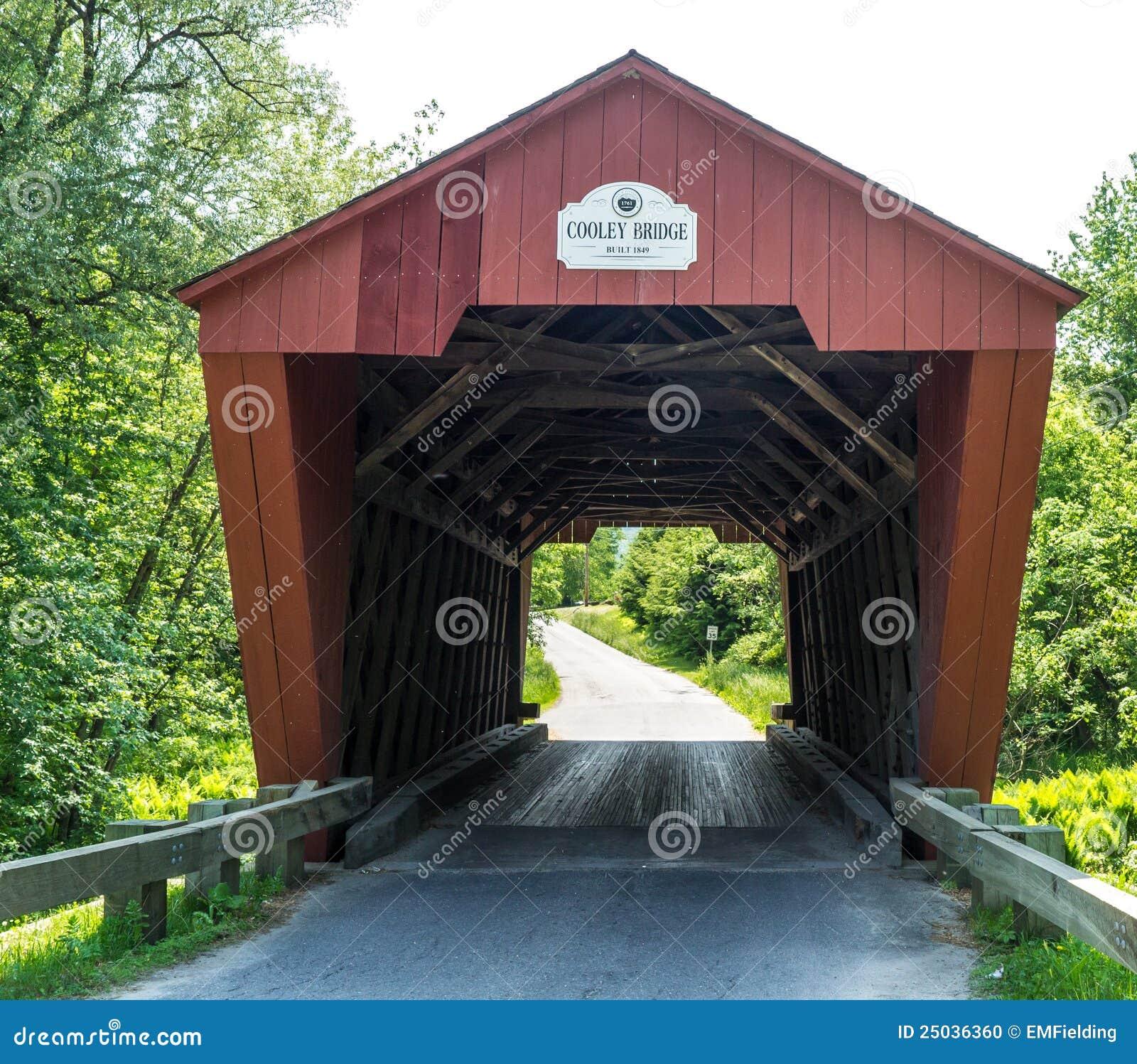 η γέφυρα κάλυψε το κόκκινο Βερμόντ