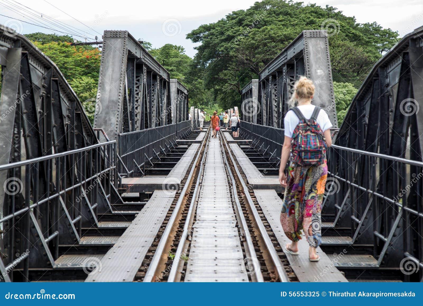 Download Η γέφυρα στον ποταμό Kwai, Kanchanaburi, Ταϊλάνδη Εκδοτική εικόνα - εικόνα από άλογο, ταξίδι: 56553325