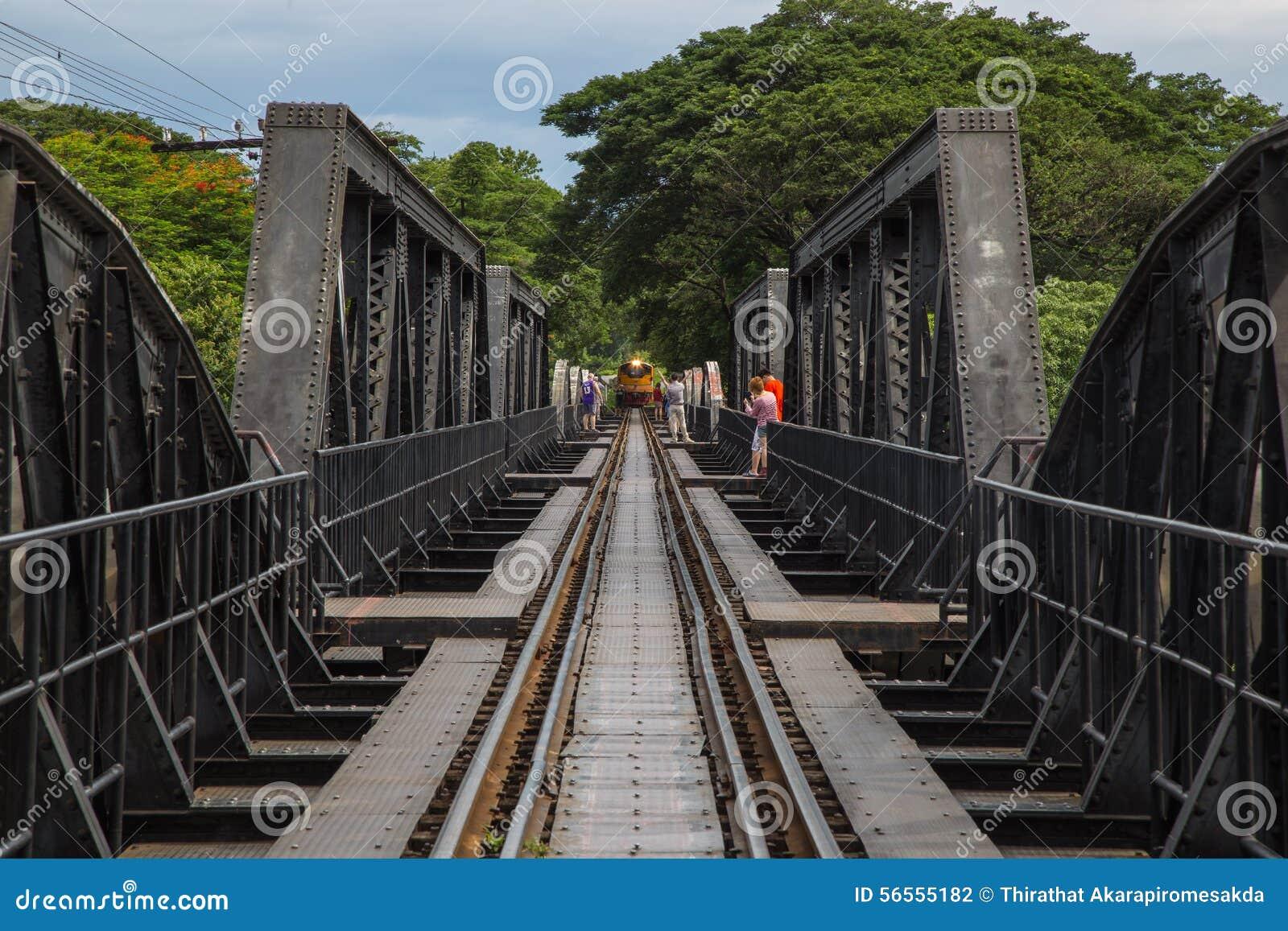 Download Η γέφυρα στον ποταμό Kwai, Kanchanaburi, Ταϊλάνδη Εκδοτική Φωτογραφία - εικόνα από ταξίδι, σταθμός: 56555182