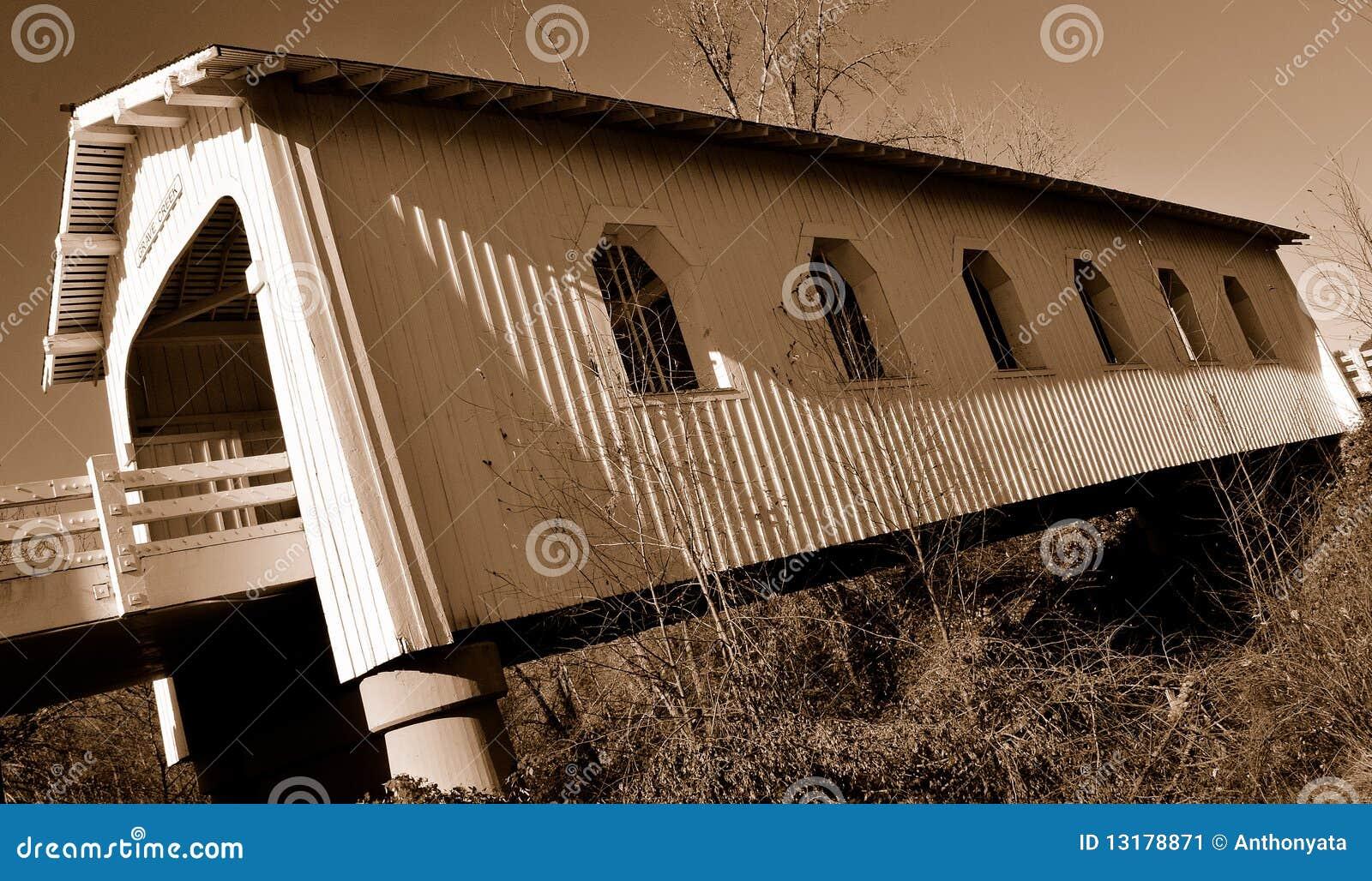 η γέφυρα 2 κάλυψε ιστορικό