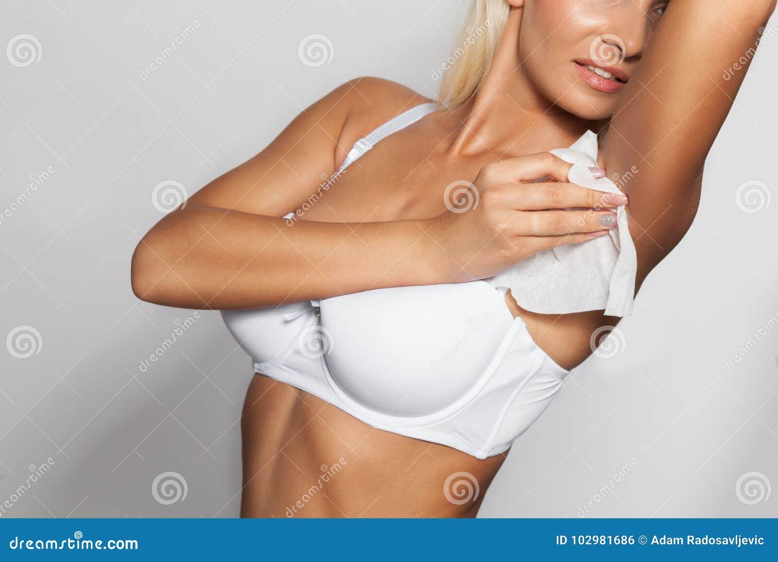 υγρή μαύρες γυναίκεςζεστό γυμνό Ebony πορνό