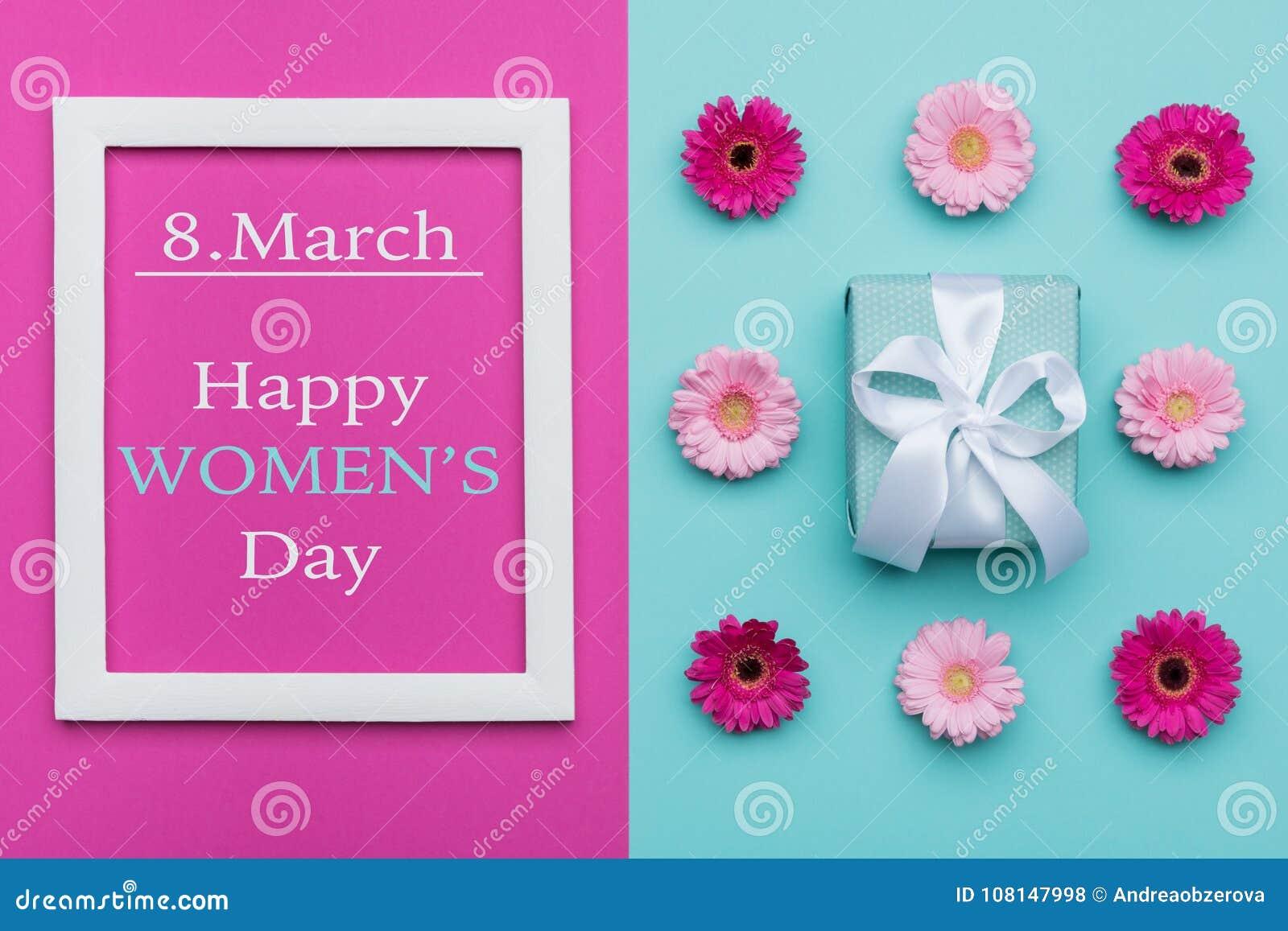 Η ευτυχής καραμέλα κρητιδογραφιών ημέρας γυναικών ` s χρωματίζει το υπόβαθρο Το επίπεδο ημέρας των Floral γυναικών βάζει με το υπ
