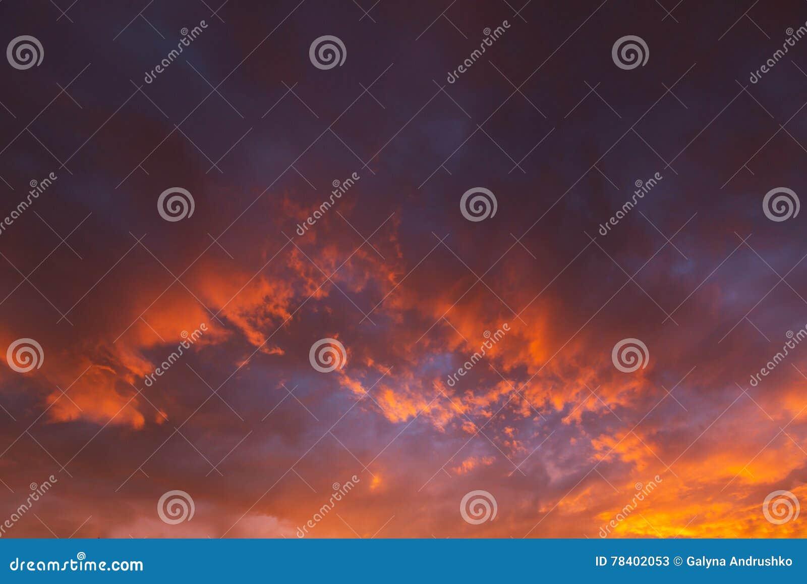 ηλιοβασίλεμα της θάλασσας της Βαλτικής ανασκόπησης