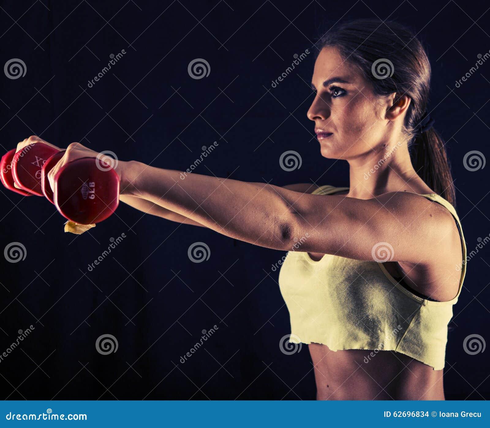 Η ισχυρή νέα γυναίκα που κάνει το μέτωπο αλτήρων αυξάνει