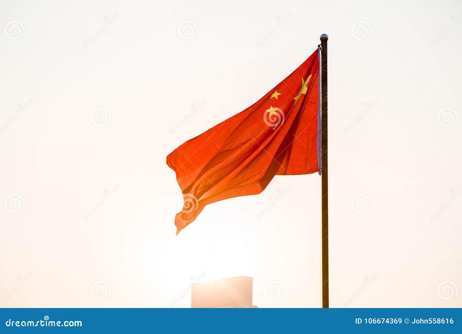Η κινεζική σημαία