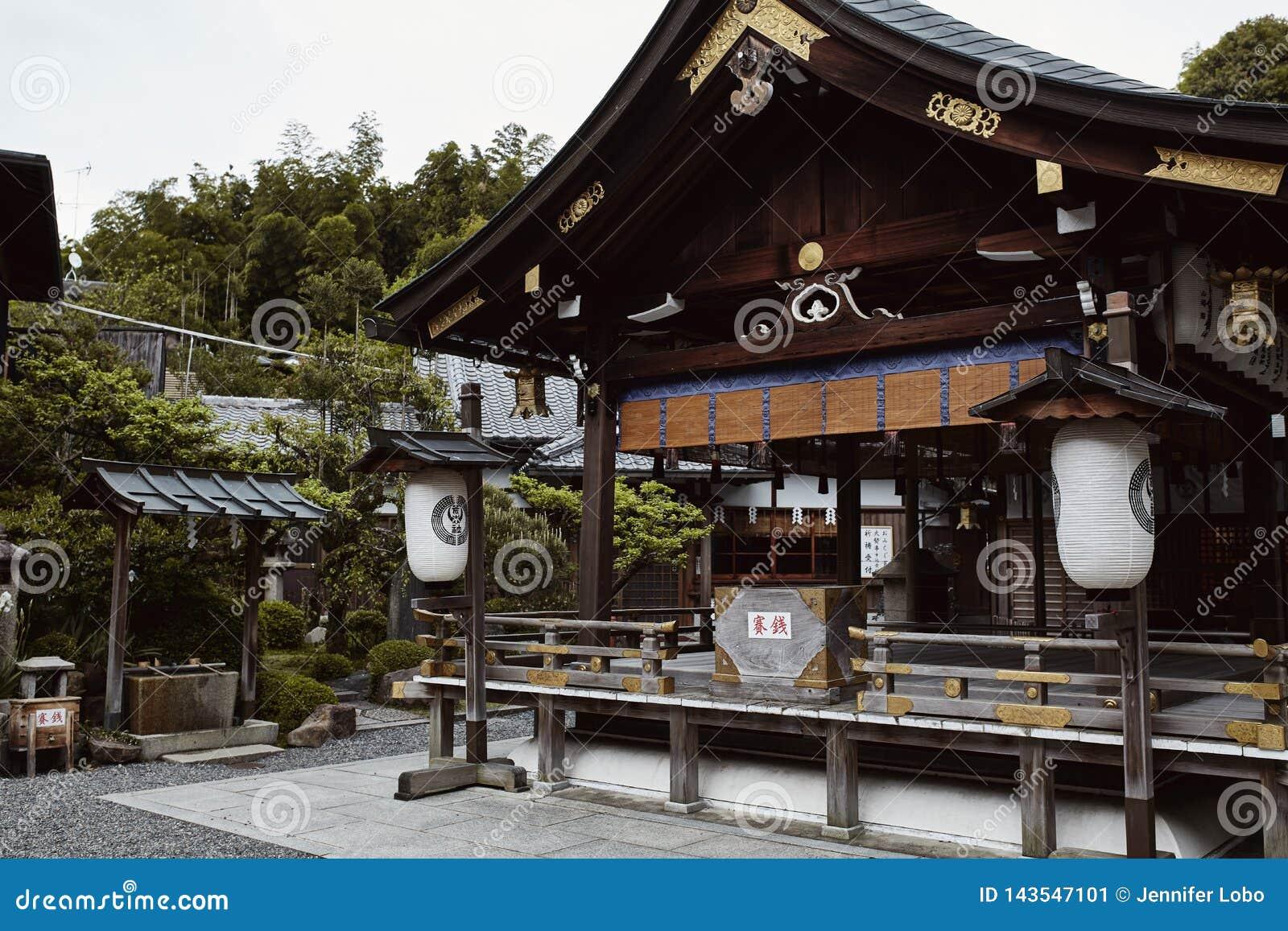 Η λάρνακα inari-Taisha Fushimi στο Κιότο, Ιαπωνία