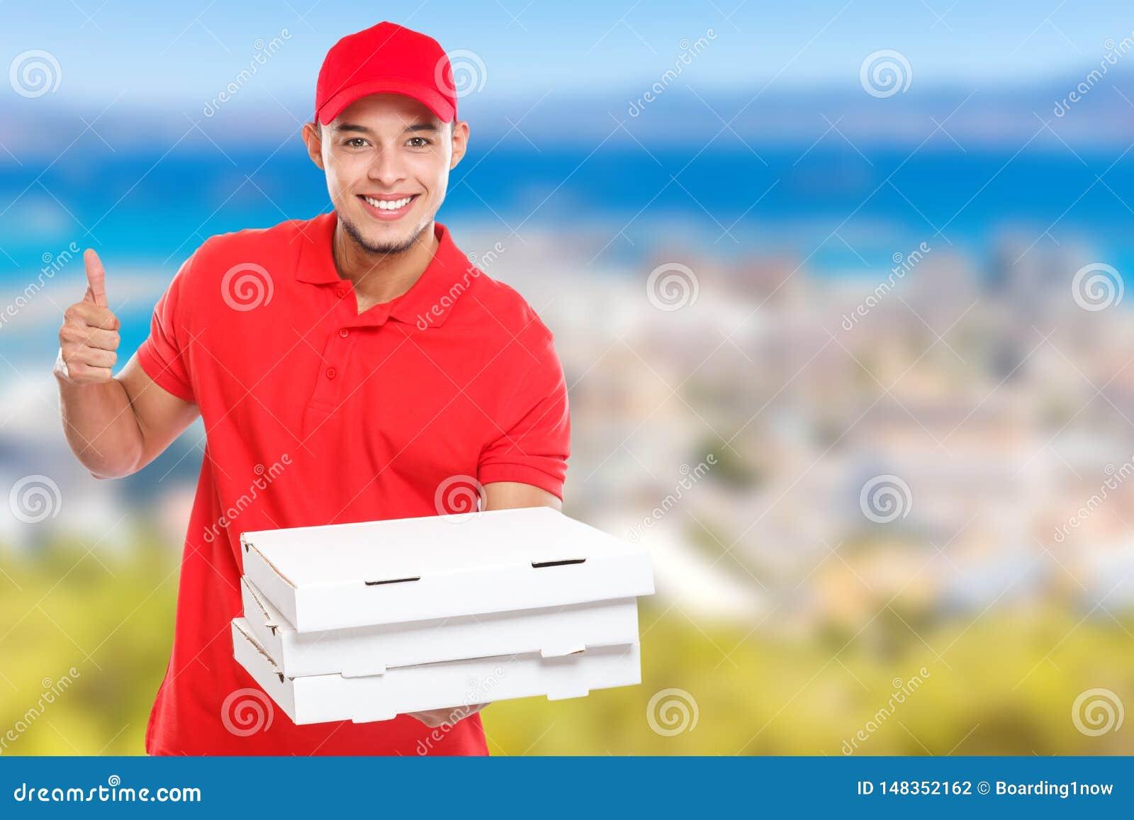 Η λατινική διαταγή ατόμων παράδοσης πιτσών που παραδίδει το επιτυχές χαμόγελο επιτυχίας εργασίας παραδίδει copyspace το διάστημα