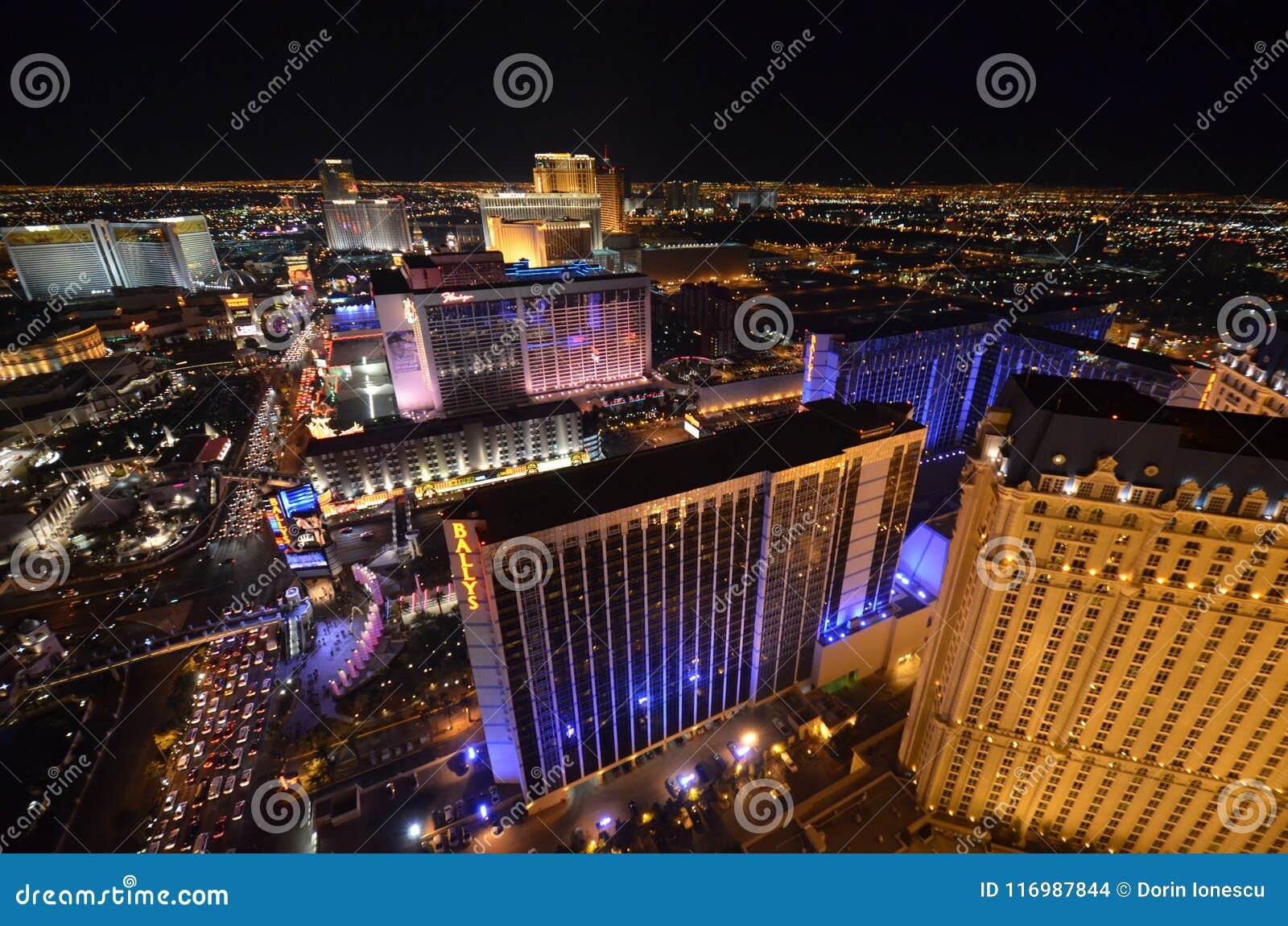 Η λουρίδα, το ξενοδοχείο του Μπελάτζιο και η χαρτοπαικτική λέσχη, μητροπολιτική περιοχή, μητρόπολη, νύχτα, πόλη