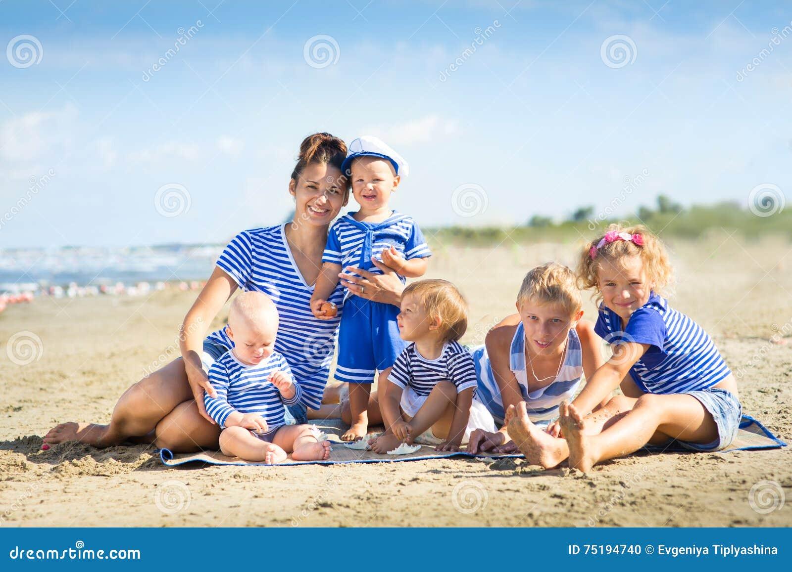 Η μητέρα μου με πέντε παιδιά