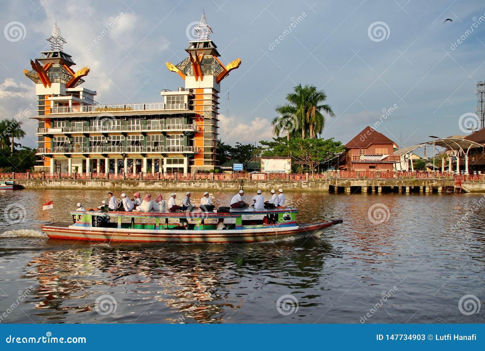 Η ομορφιά του πύργου άποψης Banjarmasin