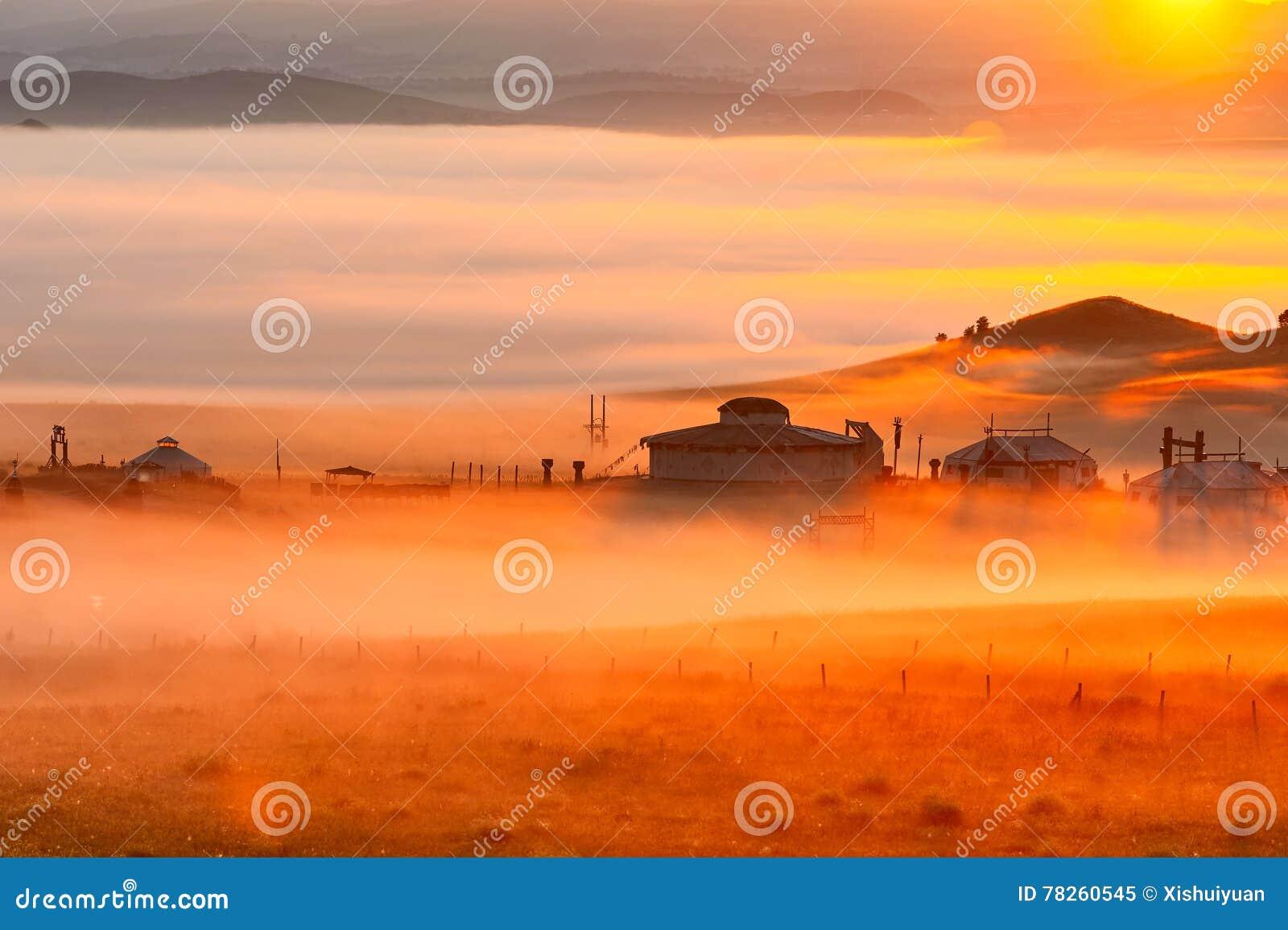 Η πυράκτωση πρωινού σύννεφων και υδρονέφωσης