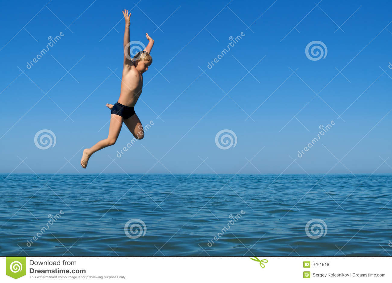 θάλασσα άλματος αγοριών
