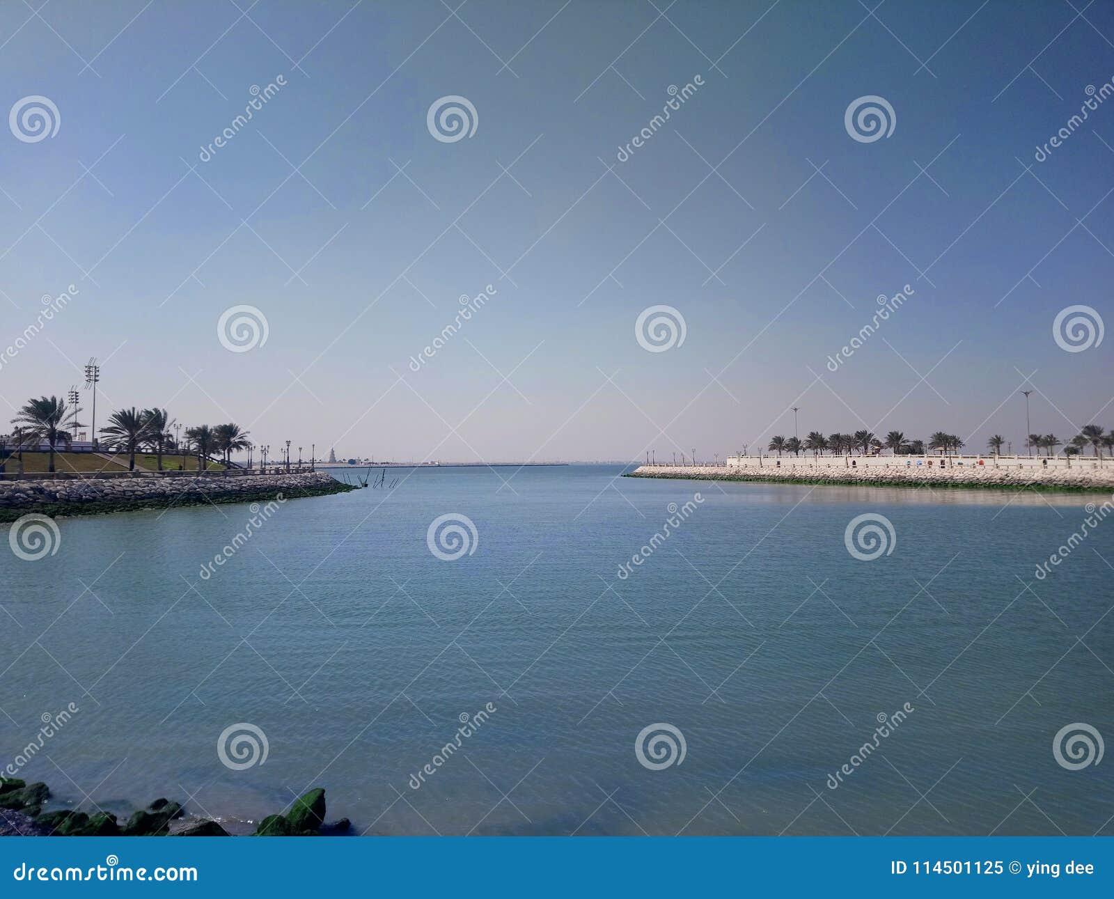 Θάλασσα στην έρημο