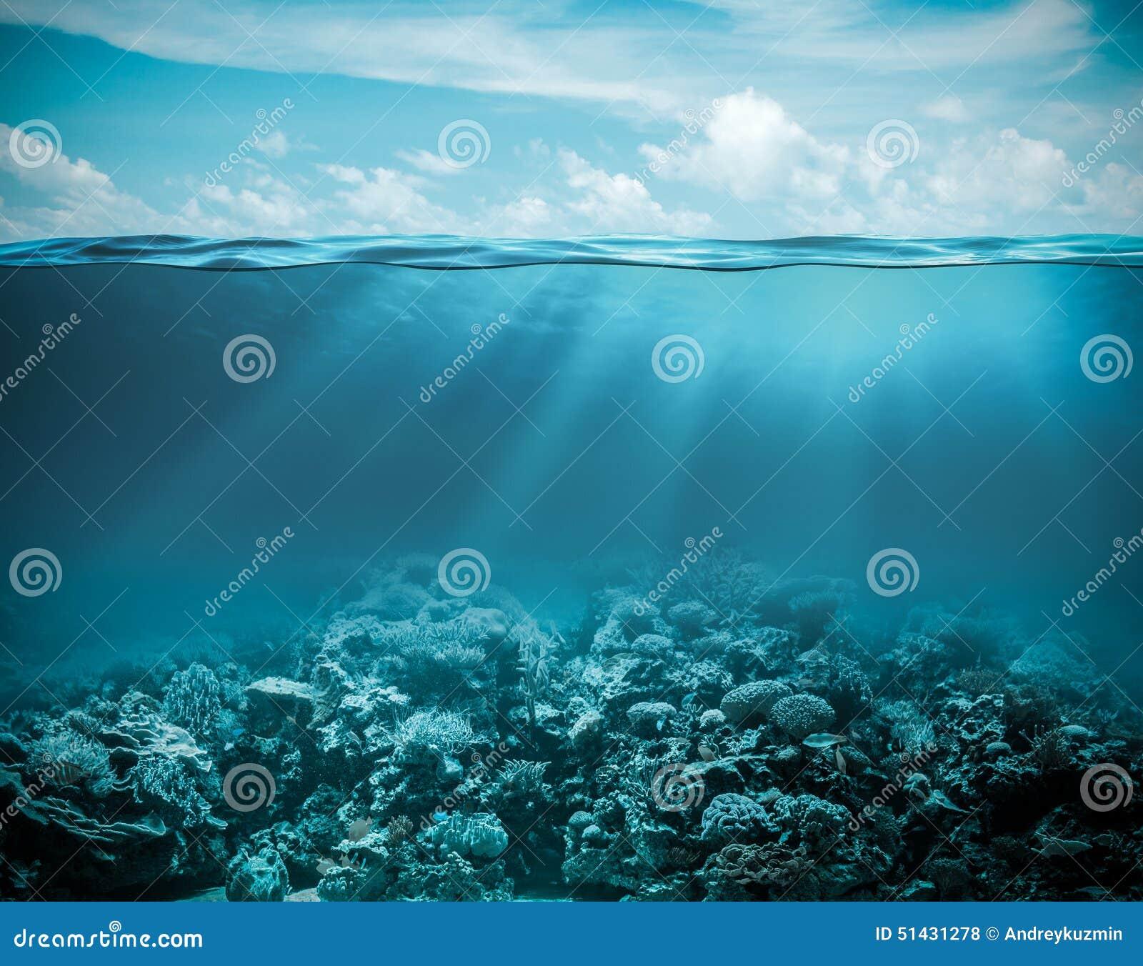 Θάλασσα ή ωκεάνιο υποβρύχιο βαθύ υπόβαθρο φύσης