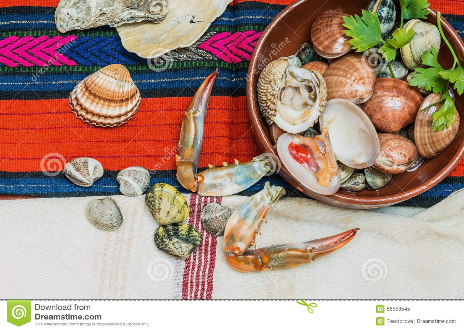 Download Θαλασσινά με τα νύχια και τα κοχύλια καβουριών Στοκ Εικόνα - εικόνα από ιώδιο, ψάρια: 56558545