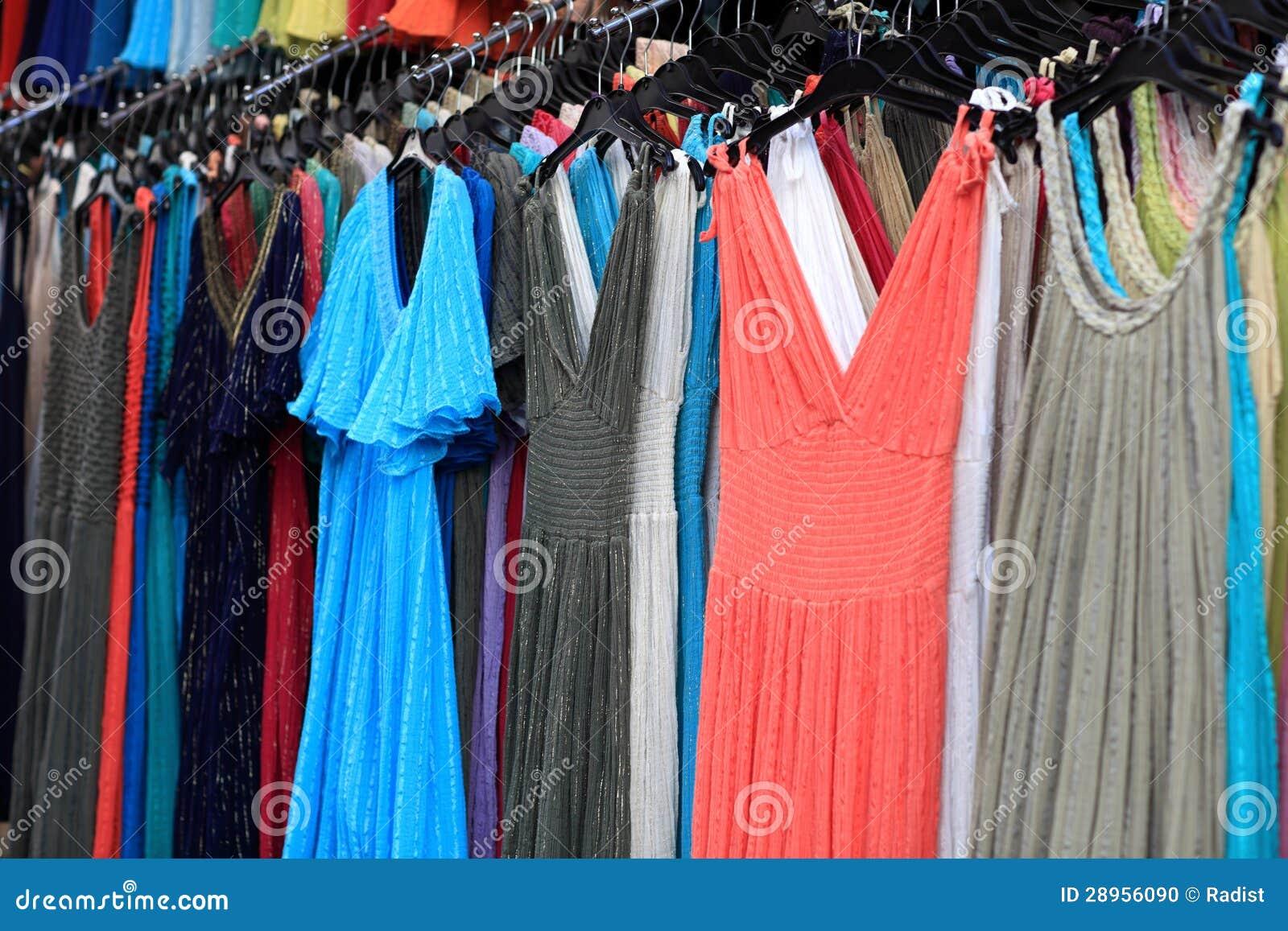 c850ca76e4f Θερινά φορέματα στην αγορά στοκ εικόνες. εικόνα από εσωτερικός ...
