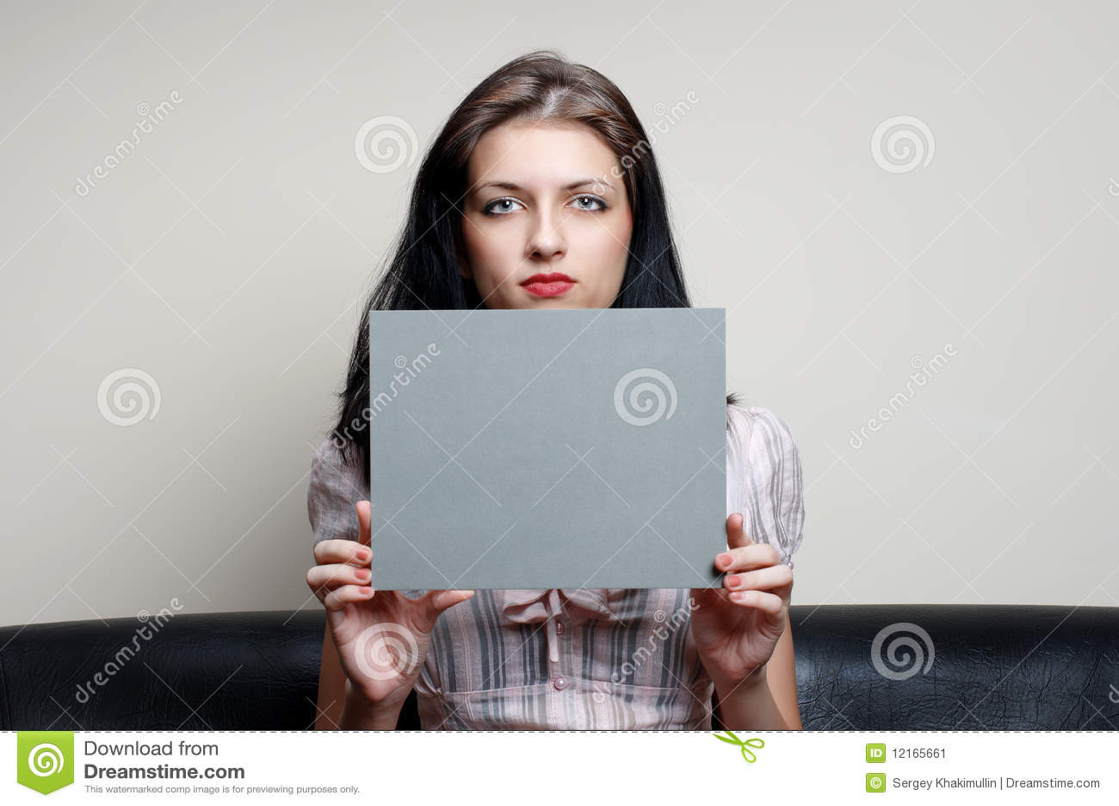 Θηλυκό με την γκρίζα κάρτα