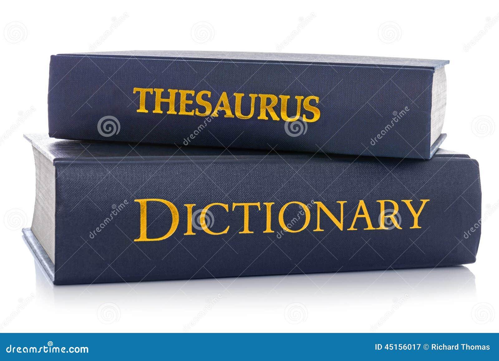 Θησαυρός και λεξικό που απομονώνονται στο λευκό