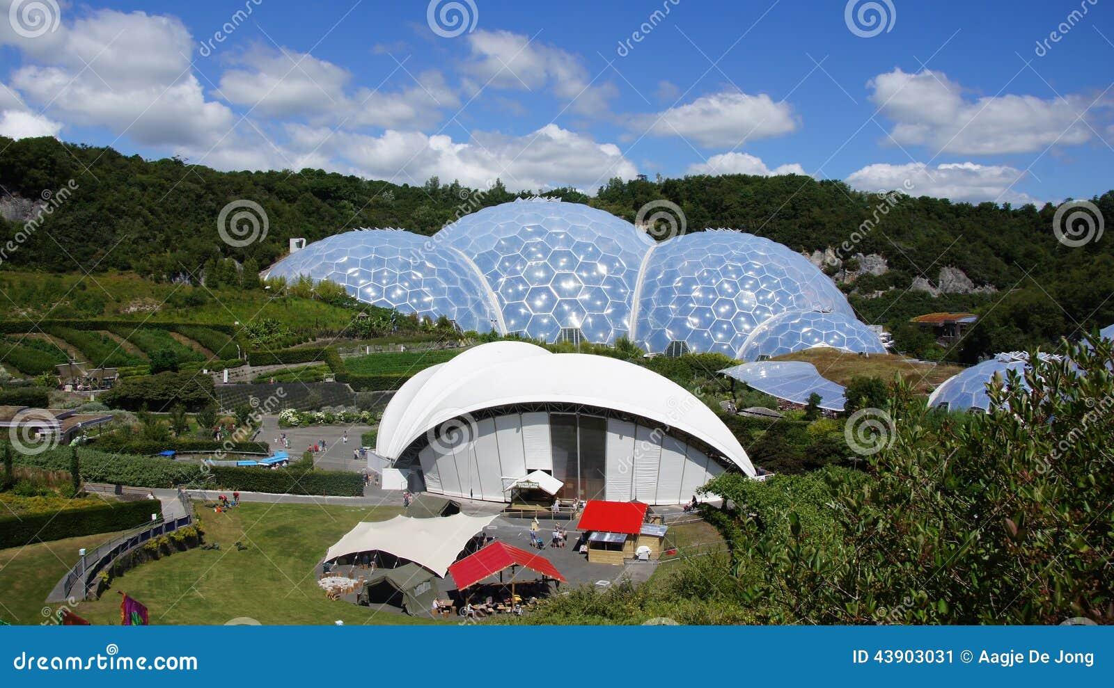 Θόλος τροπικών δασών προγράμματος Ίντεν στο ST Austell Κορνουάλλη