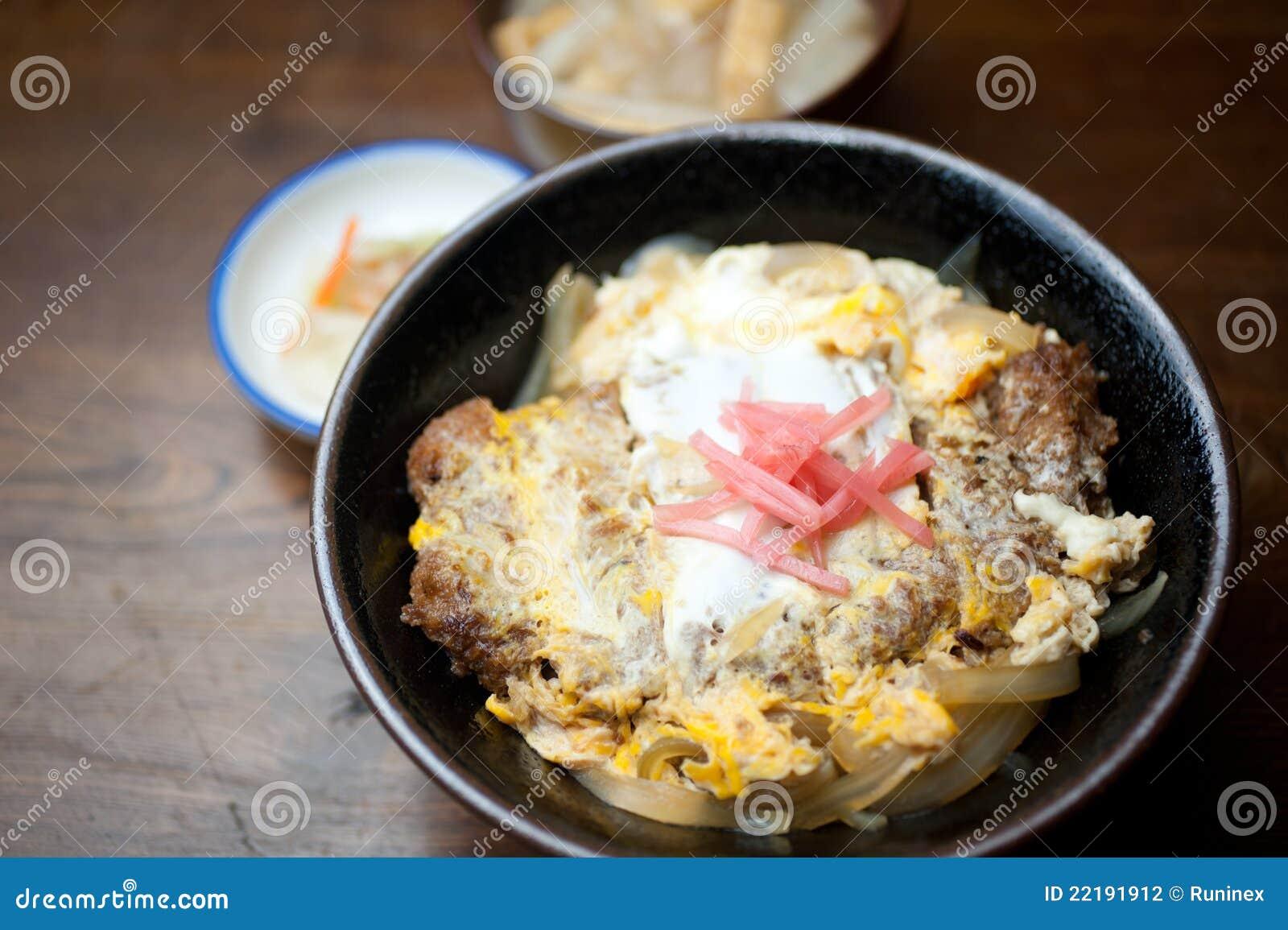 ιαπωνικό katsudon κουζίνας