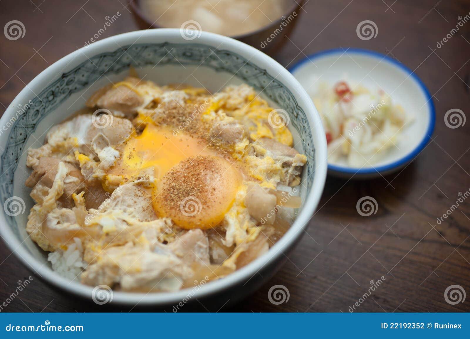 ιαπωνικό oyakodon κουζίνας