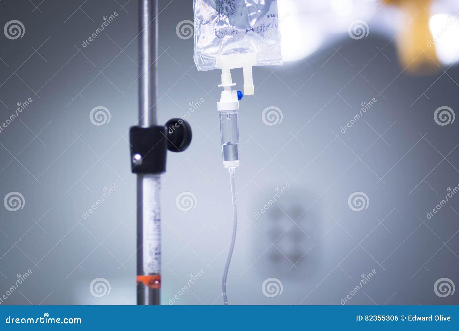 Ιατρική IV σταλαγματιά στο νοσοκομείο