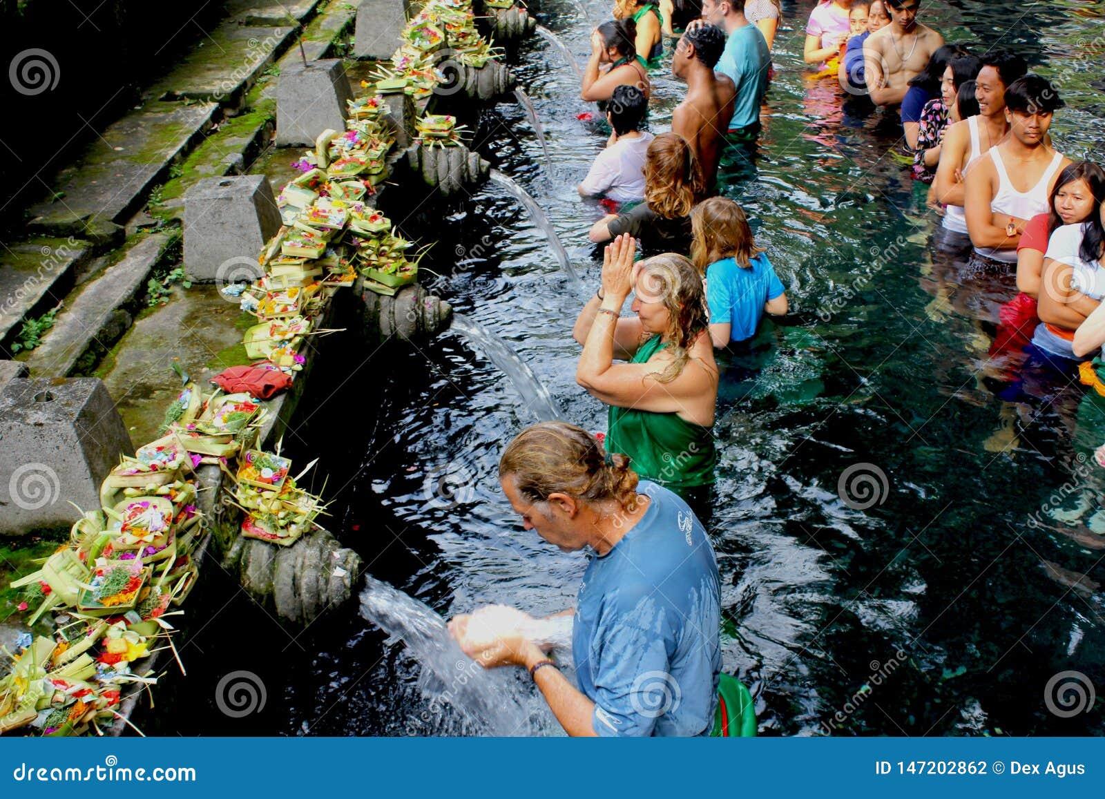 Ιερός ναός νερού στο Μπαλί