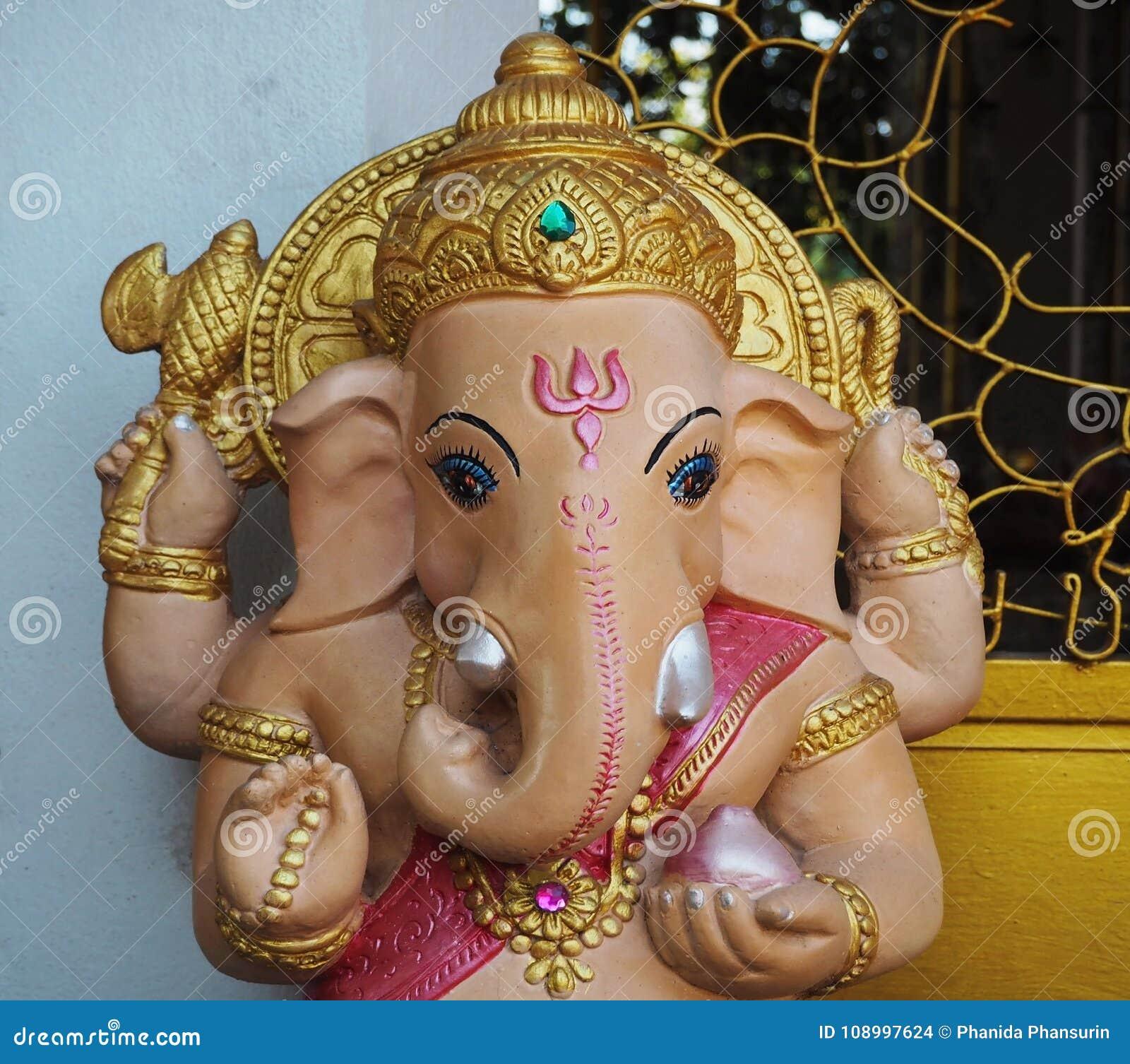 Ινδός Θεός Ganesha στο ναό