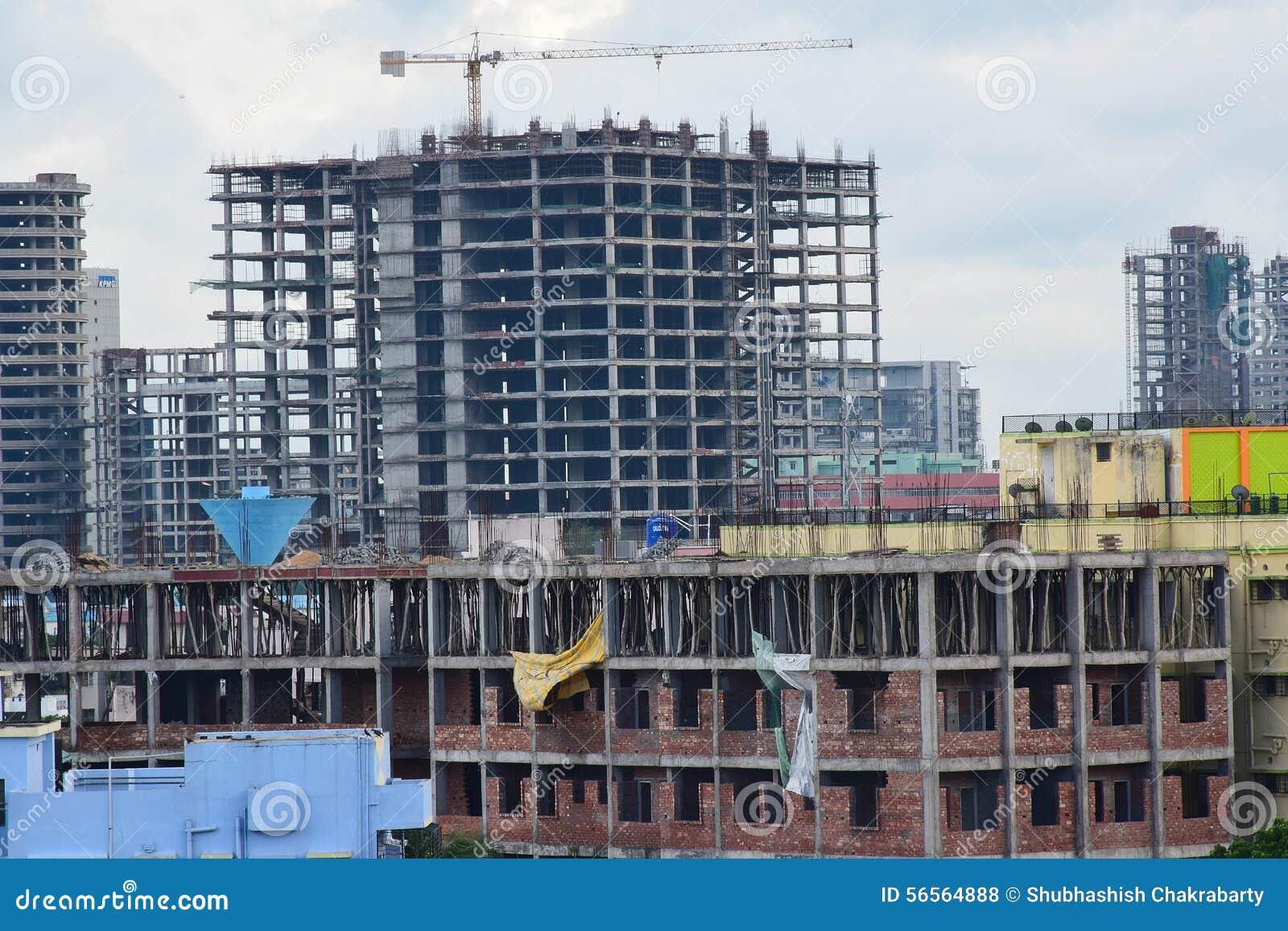 Download Ινδική πόλη κάτω από την κατασκευή Εκδοτική Στοκ Εικόνες - εικόνα από τούβλου, under: 56564888