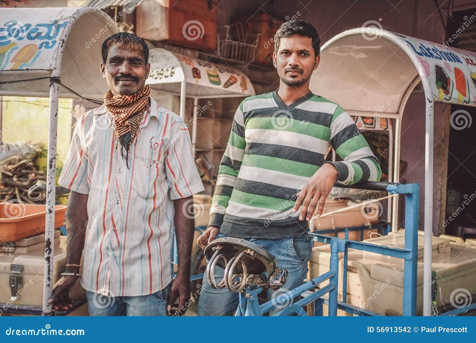 ινδικοί εργαζόμενοι